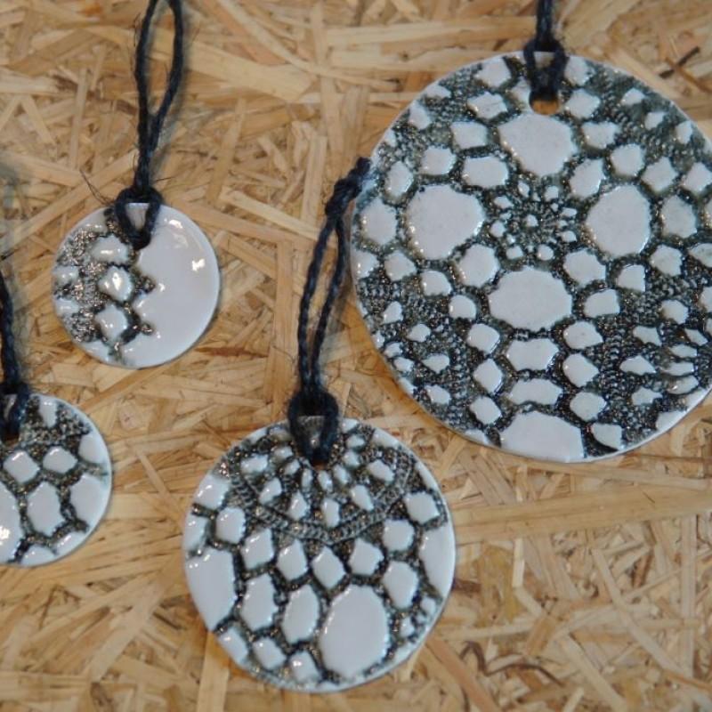 Keramik ophæng sort mønster - Sæt