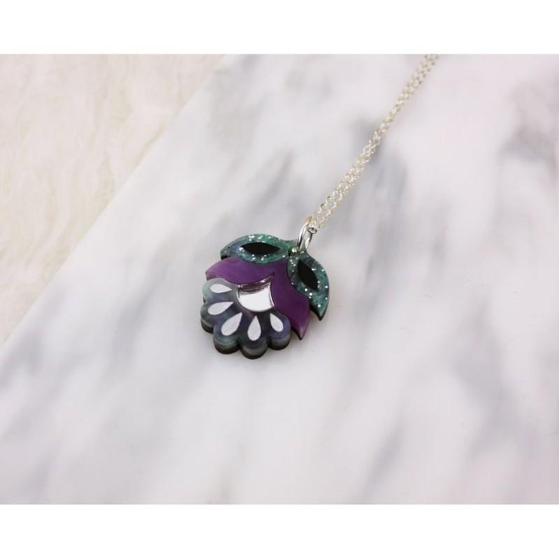 Flora Mini Pendant Necklace by Rosa Pietsch