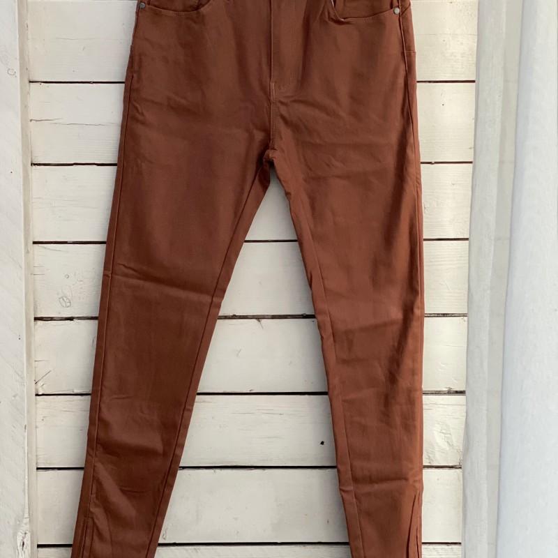 Stajl Agenturer vaxade jeans med dragkedja rost
