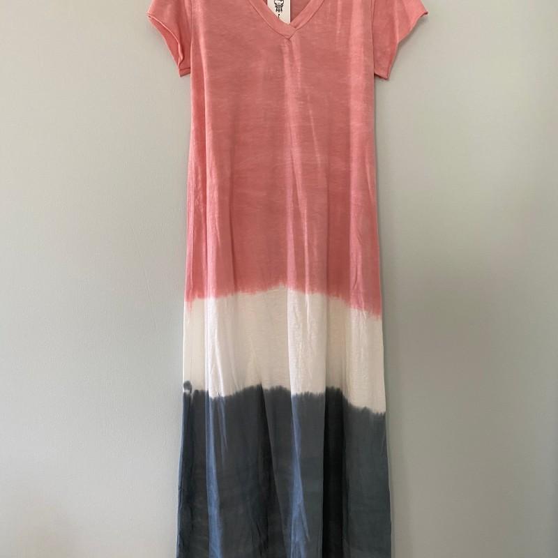 Rosa t-shirtklänning - Stajl
