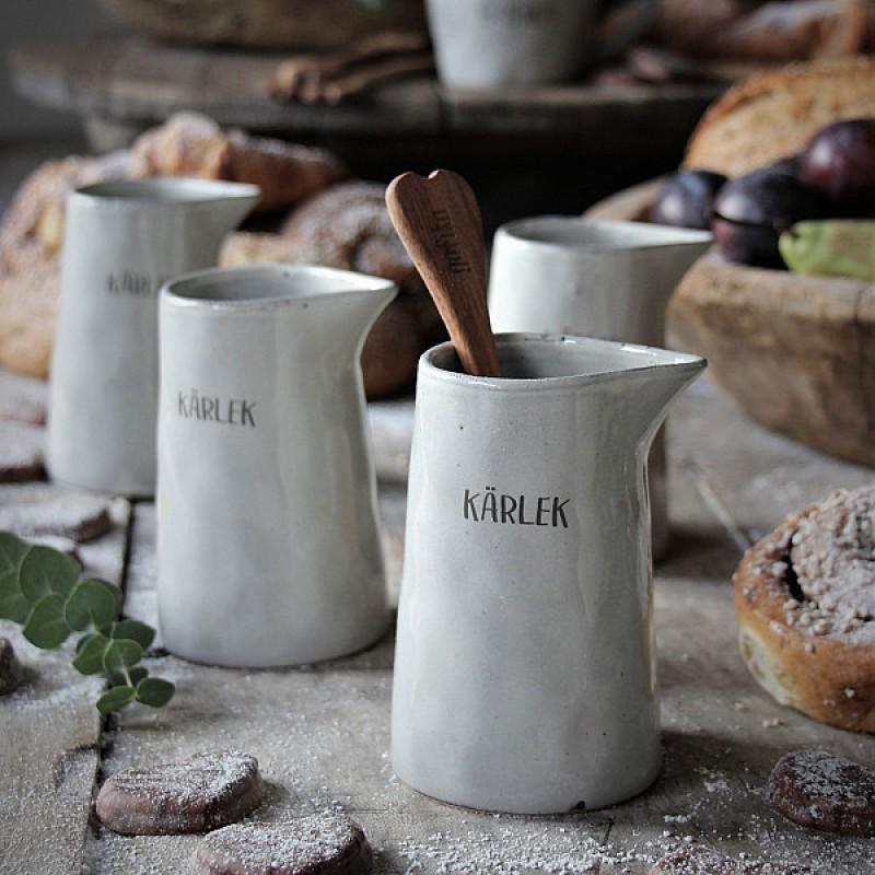 Majas Cottage Kärlek & Fika Kanna-grå stengods