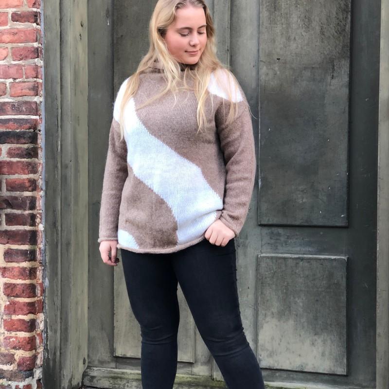 15-1020 Hazel strikket genser