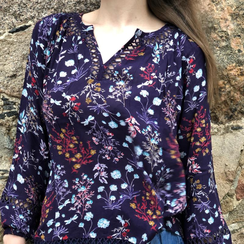 17-299 lilac blouse