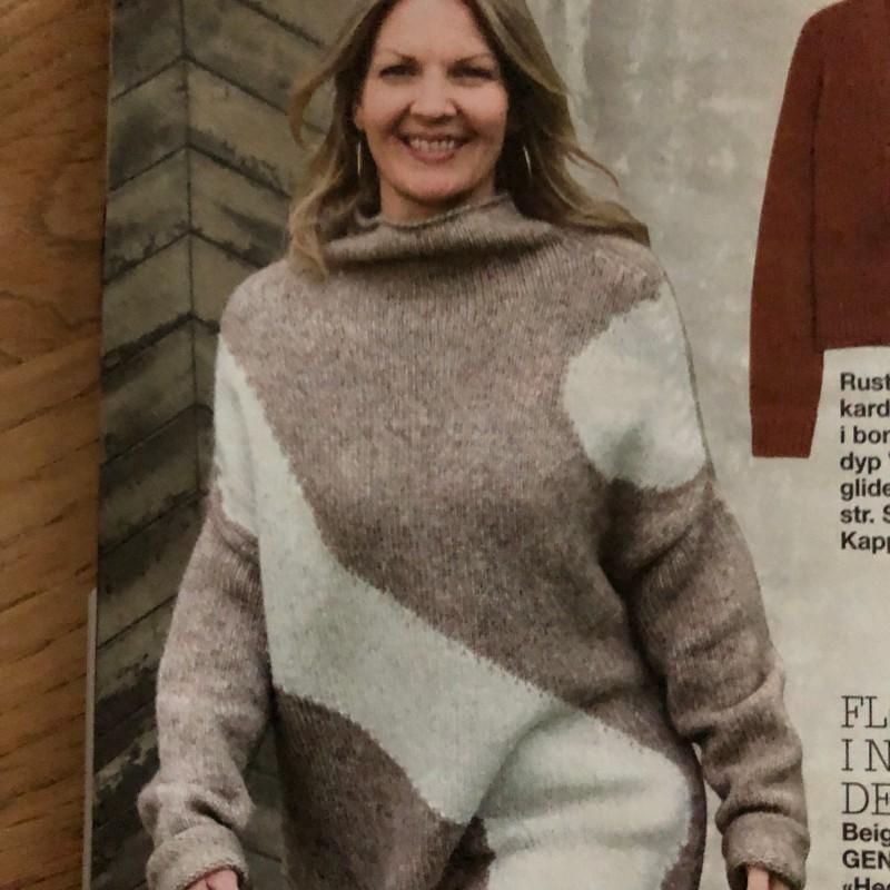 15-1020 Hedda knitted sweat