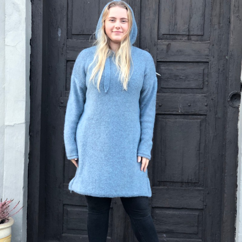 15-2520 Hedda strikketkjole blågrå
