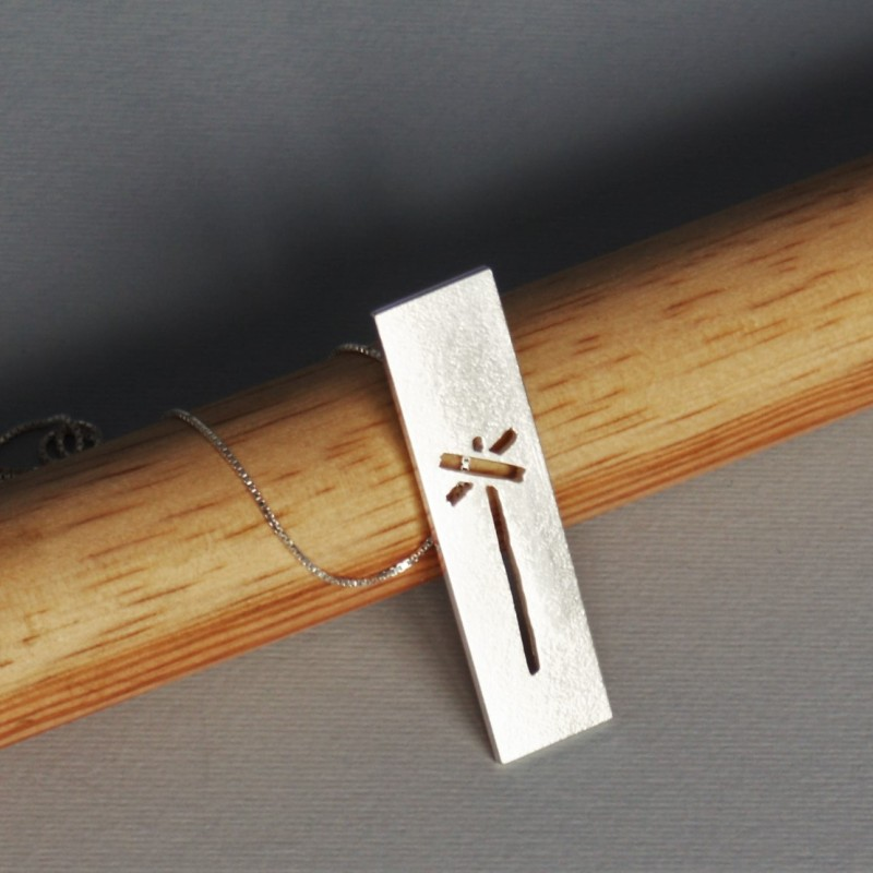 LEDKRYSS avlångt hänge