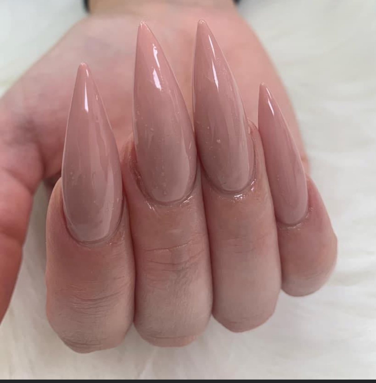 JOLYSH MARVELLOUS NAILS