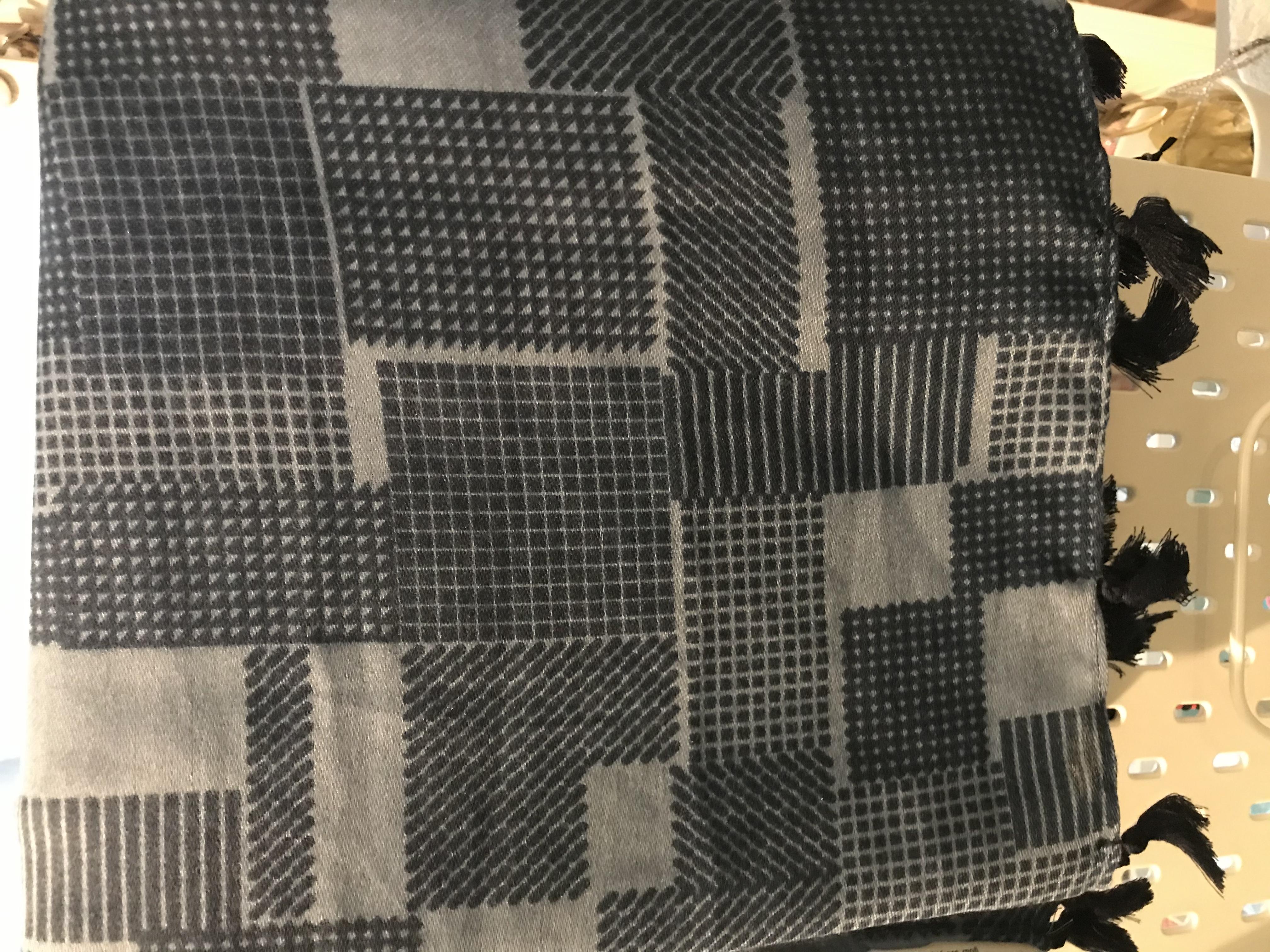 MSH Blue pattern scarf