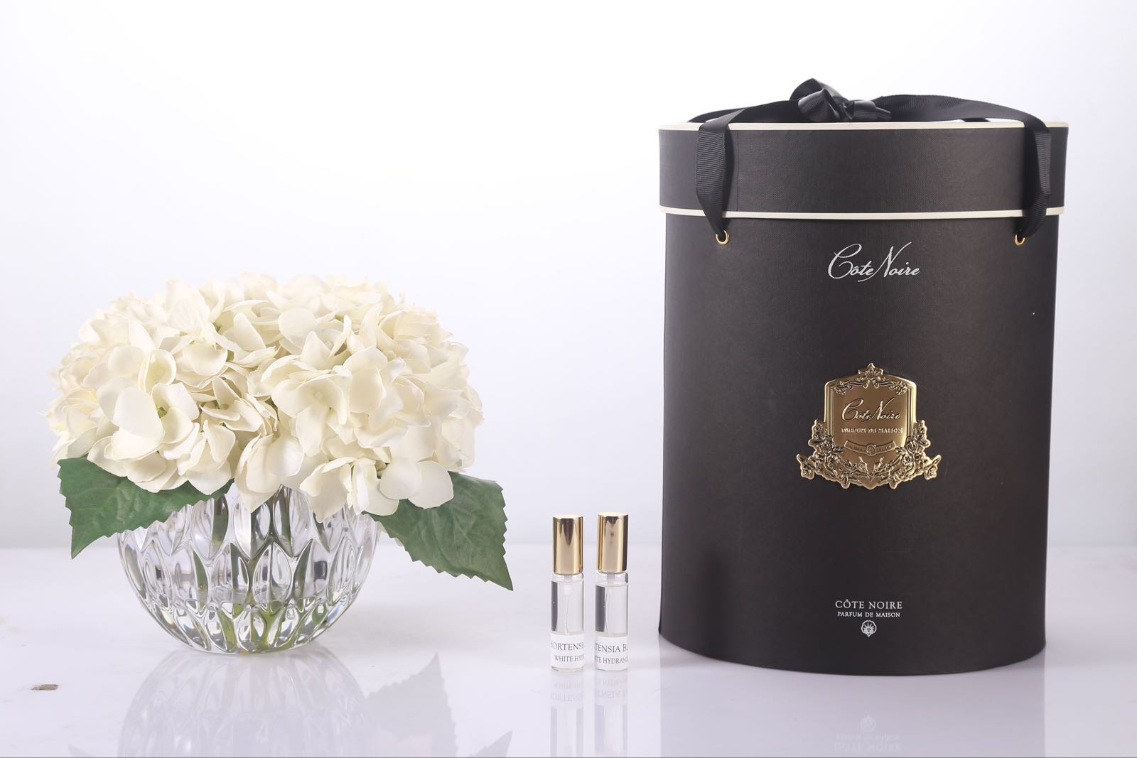 Cote noire white fragranced Hydrangea in crystal vase with hat box and fragrance