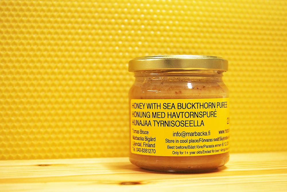 Tyrnimarjalla maustettua hunajaa 220 g, lasipurkki
