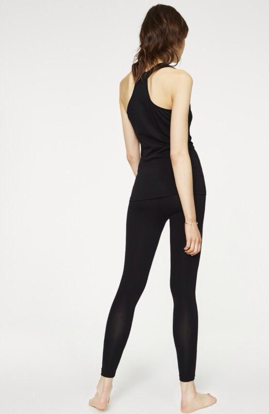 Top Asana Black ( Før 259 kr)