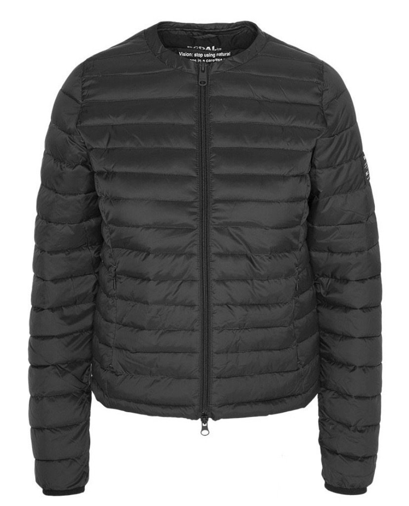 Usuahia Down Jacket Woman Black ( Før 1279 kr)