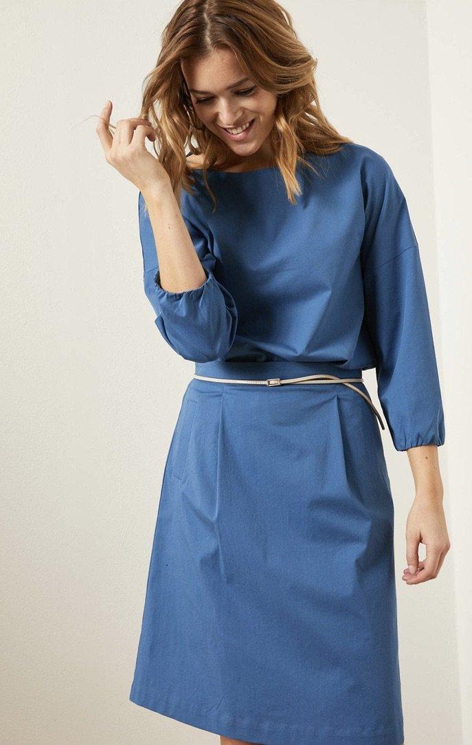 Økologisk bomulds nederdel i klar blå ( Før 799 kr)