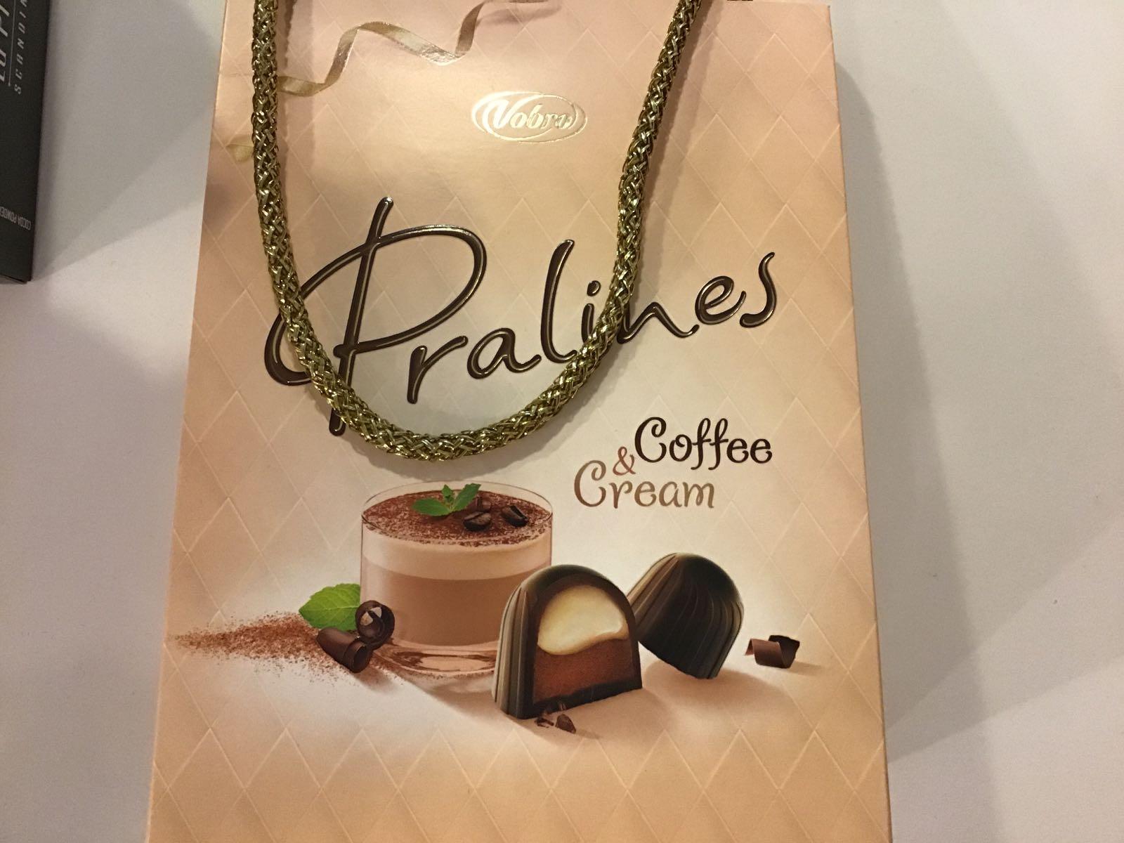 PRALINES LAUKKU kahvi&kerma