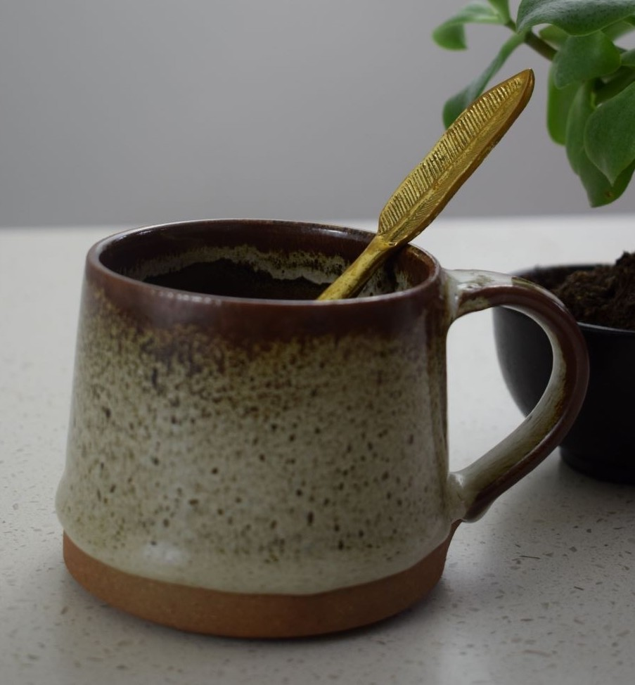 Koko Mug in Tawny Brown