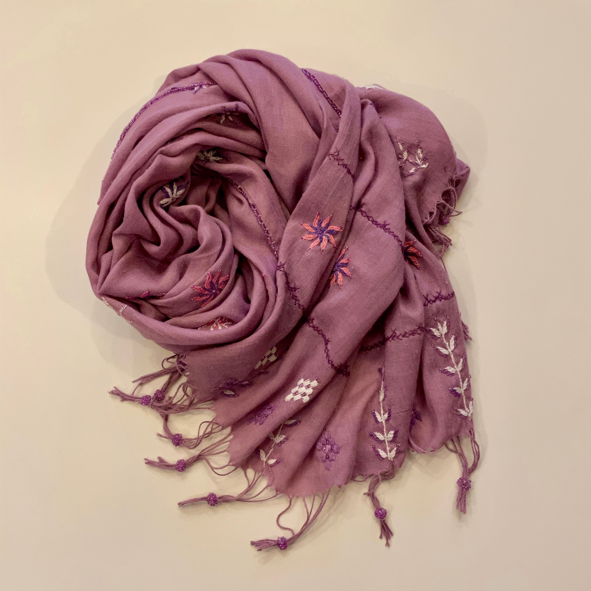 Bedouin Hand-embroidered Mauve Shawl