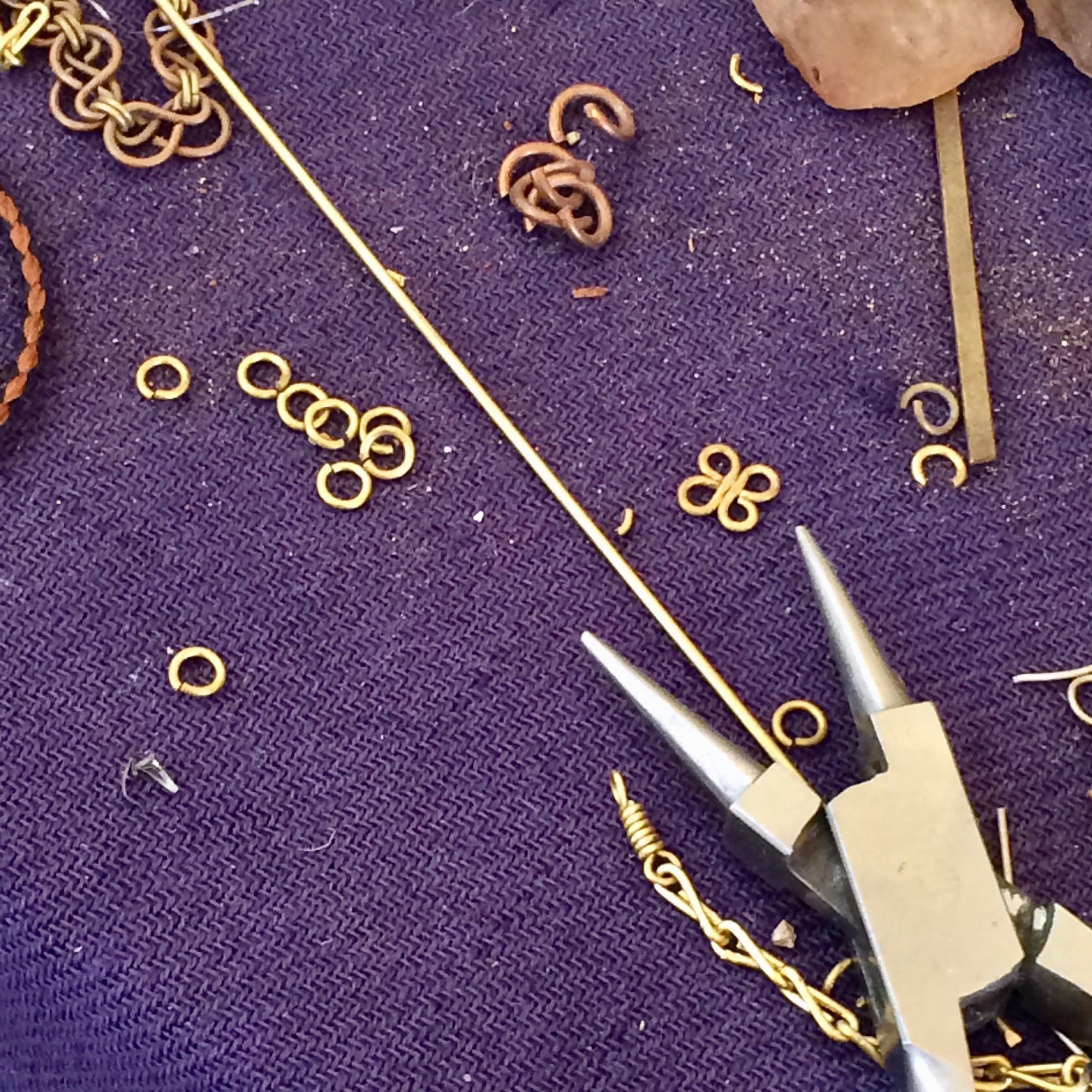 Samaka Round Linked Brass Bracelet