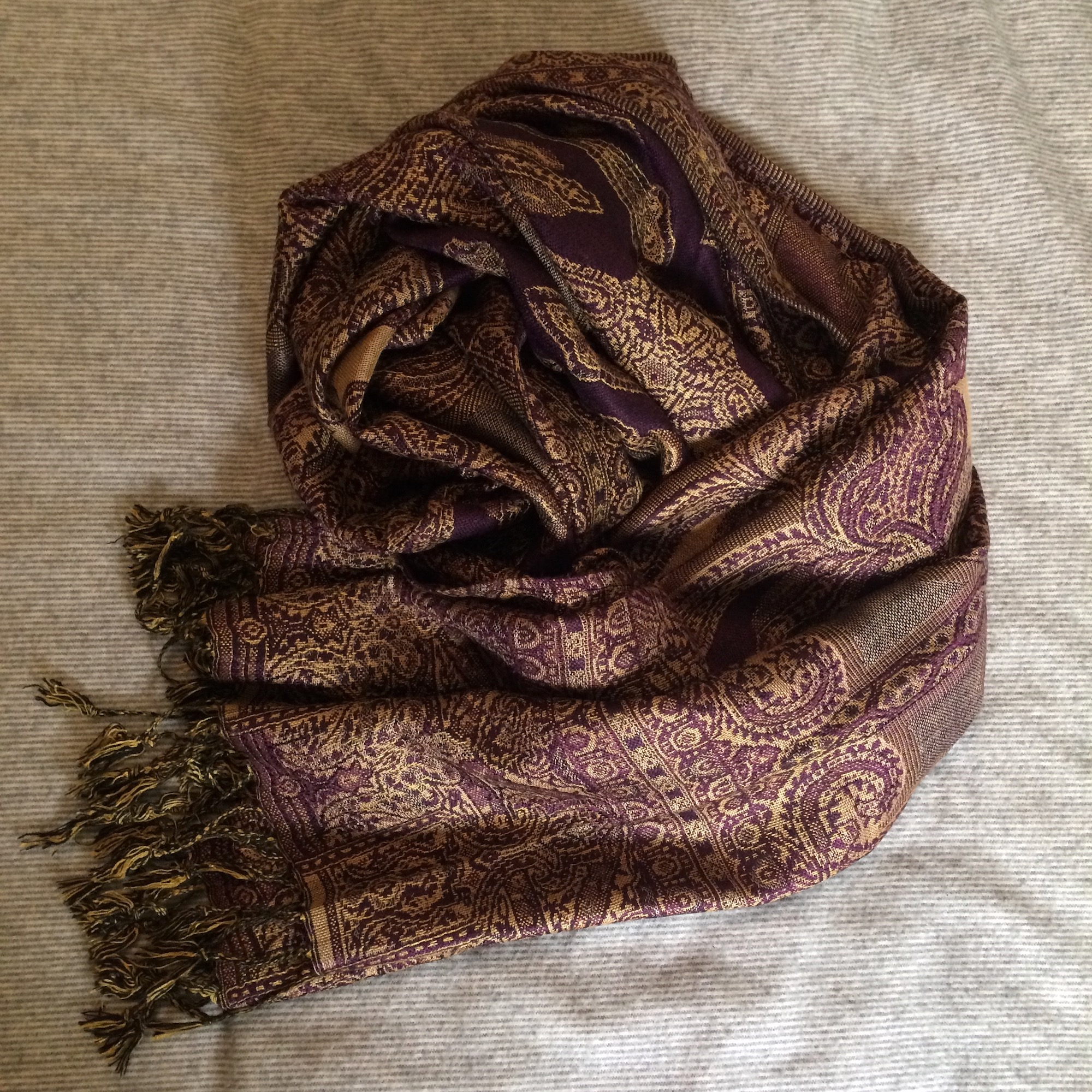 Soft Paisley Pashmina Scarf in Deep Purple & Gold
