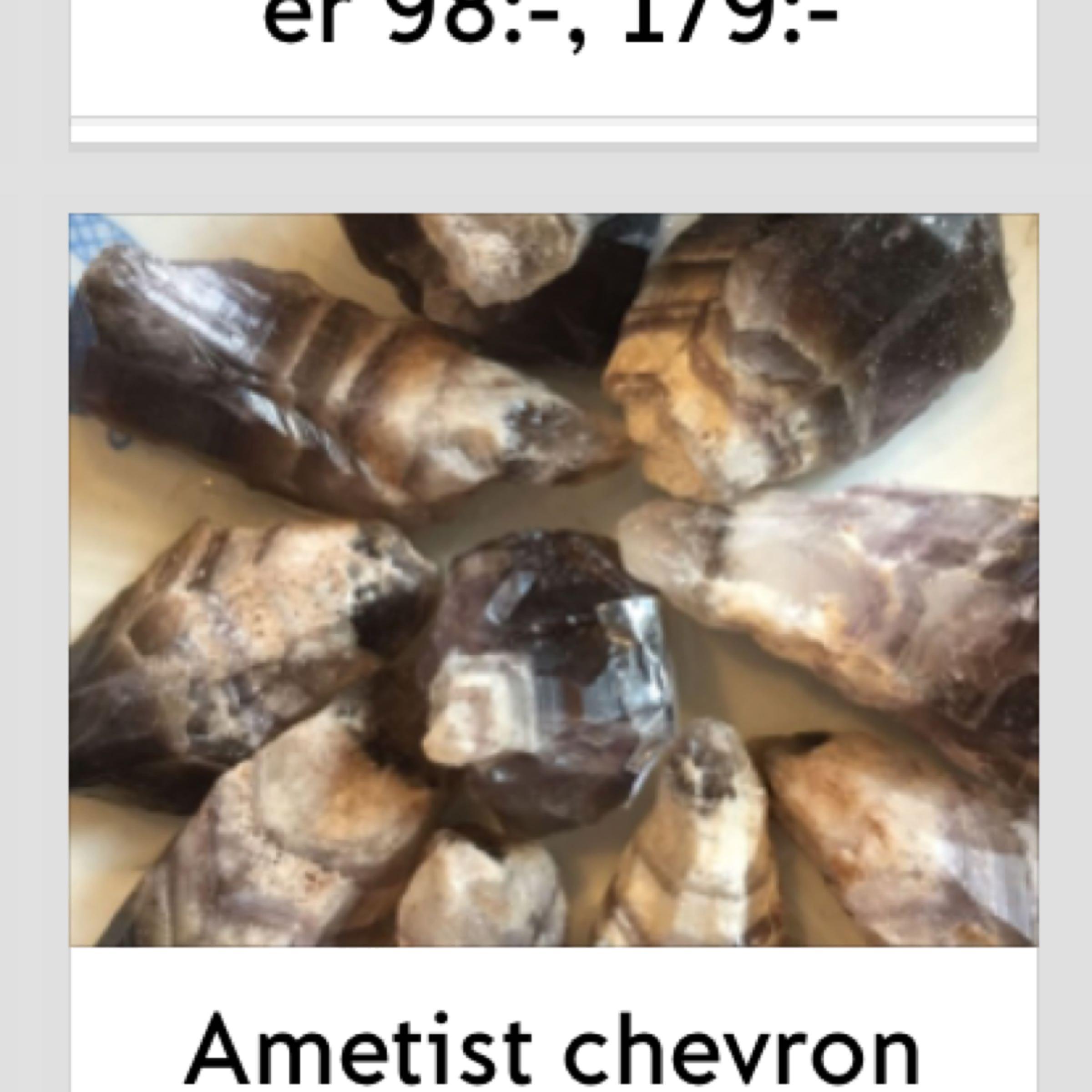 Ametist chevron