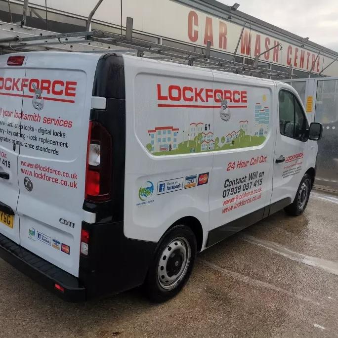 Lockforce Burnley - William Owen