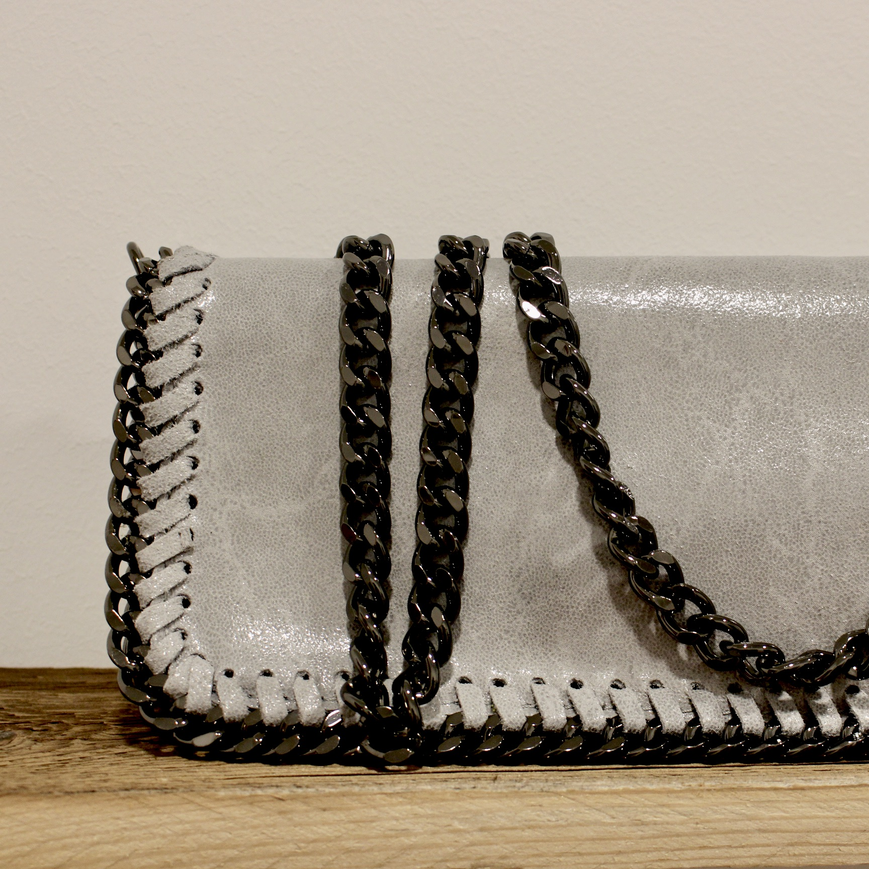 "Ledertasche ""Chain"""
