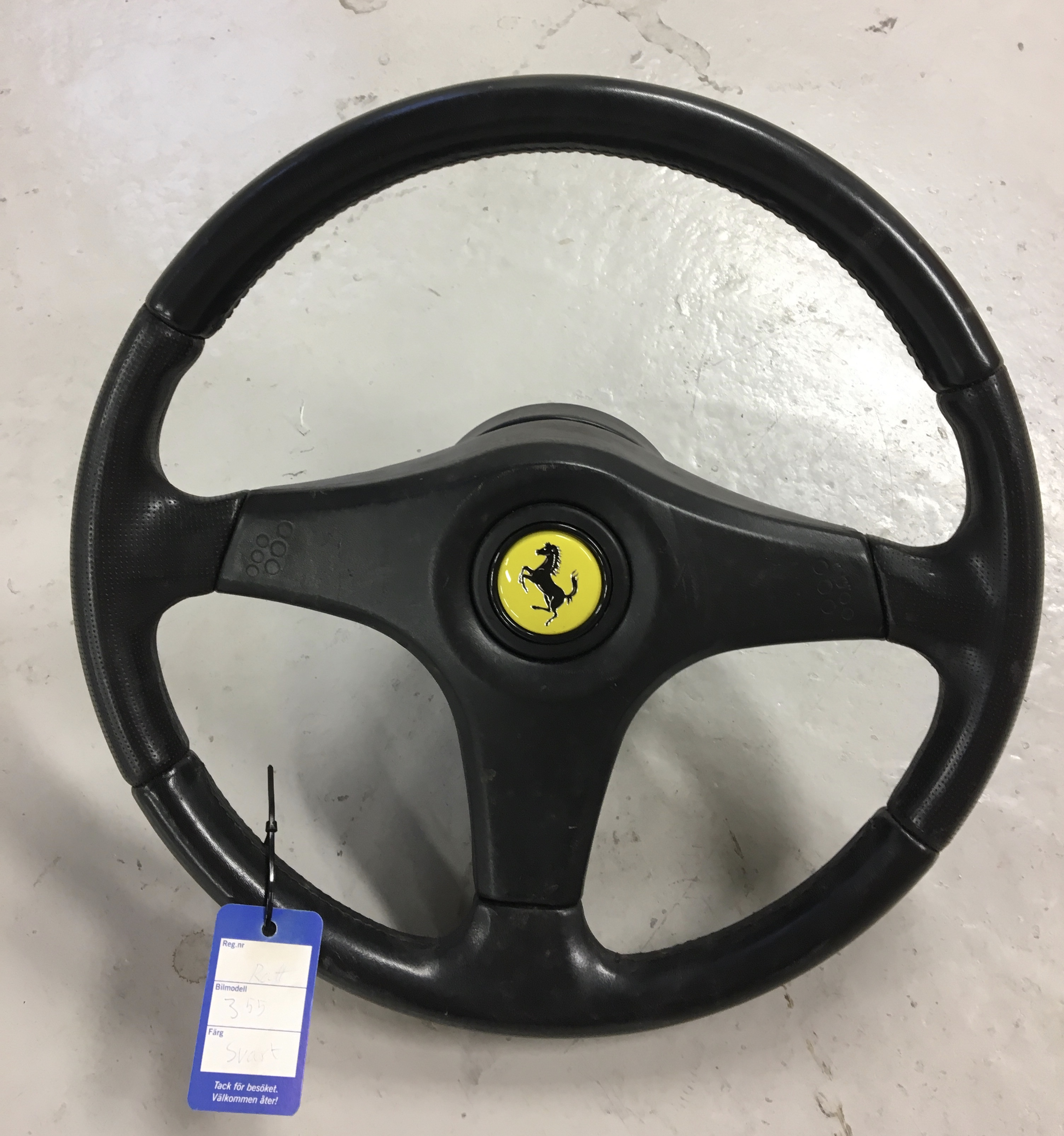 Early Steering Wheel F355 (not for airbag)
