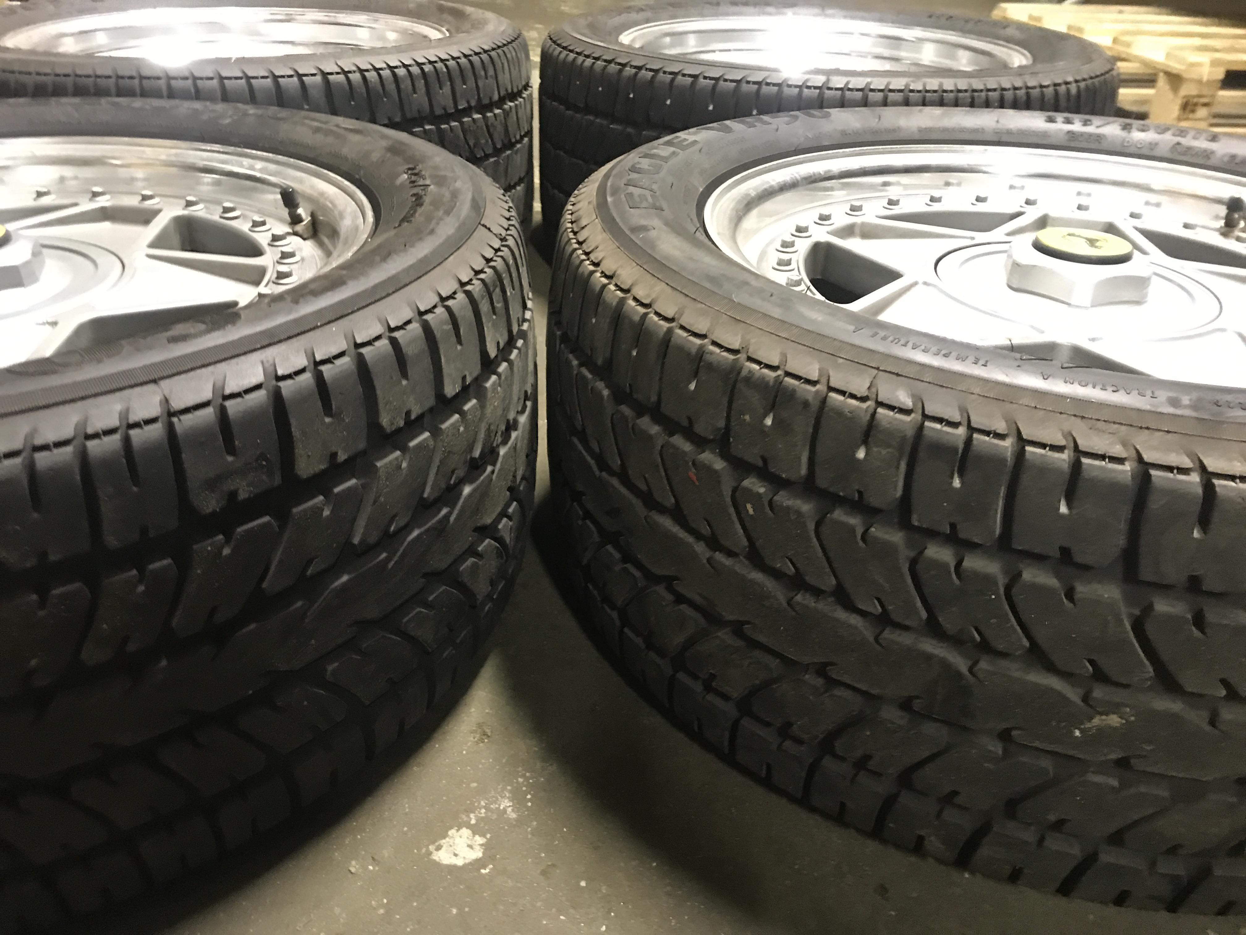 Wheel Set 308/328 (F40 Style)