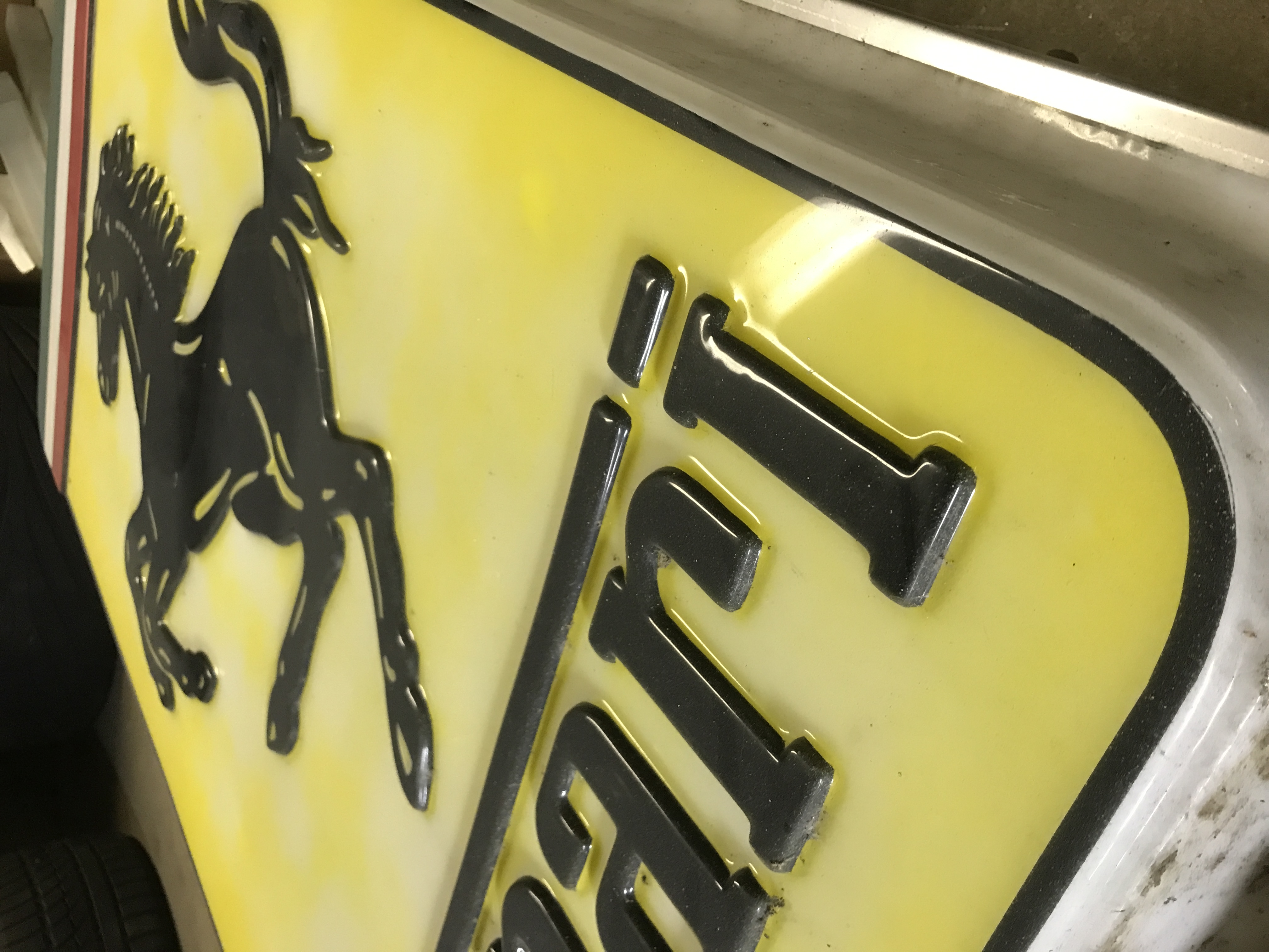 Light Sign Original Ferrari Workshop/Service