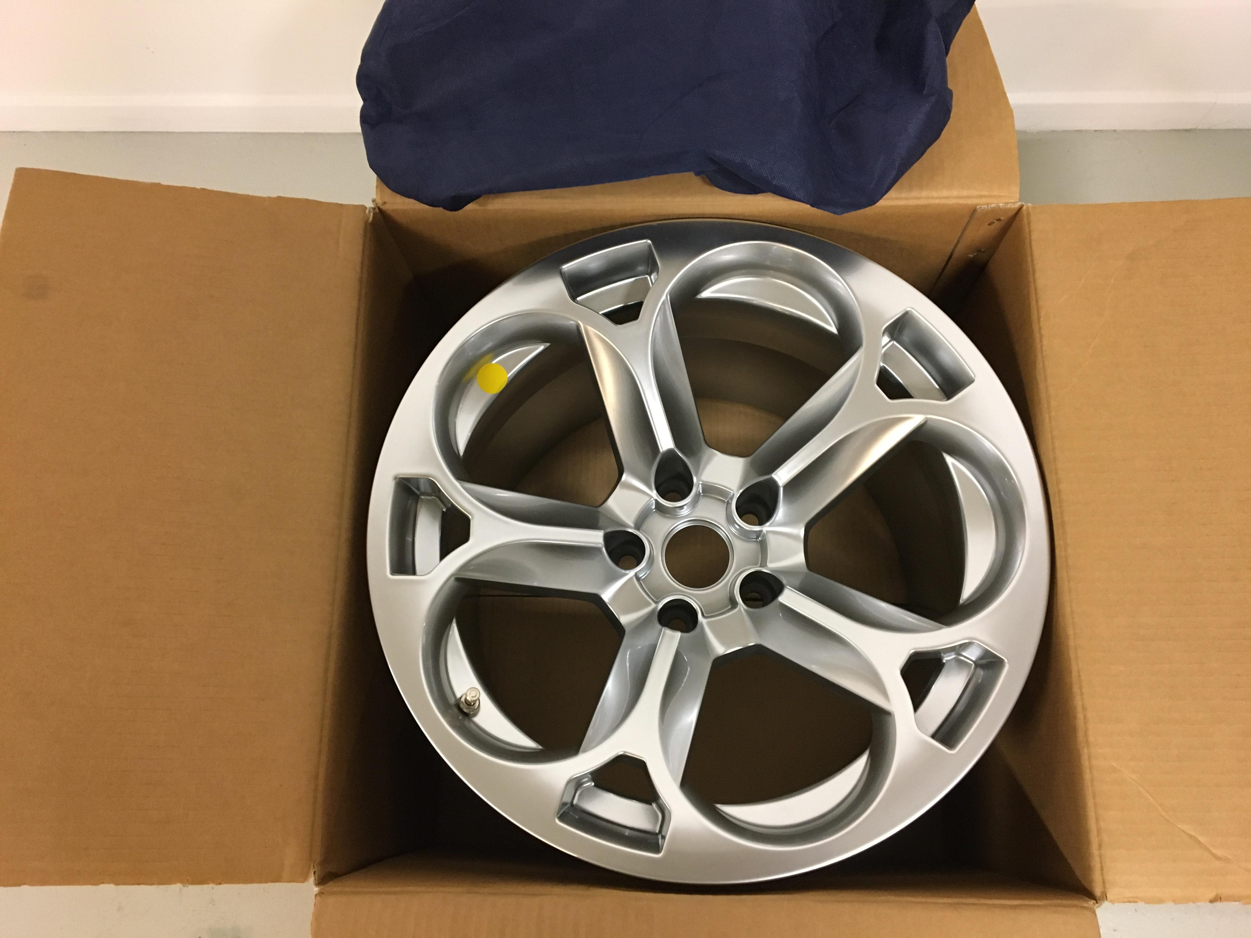New Rear  Wheel (Hercules) Lamborghini Murcielago