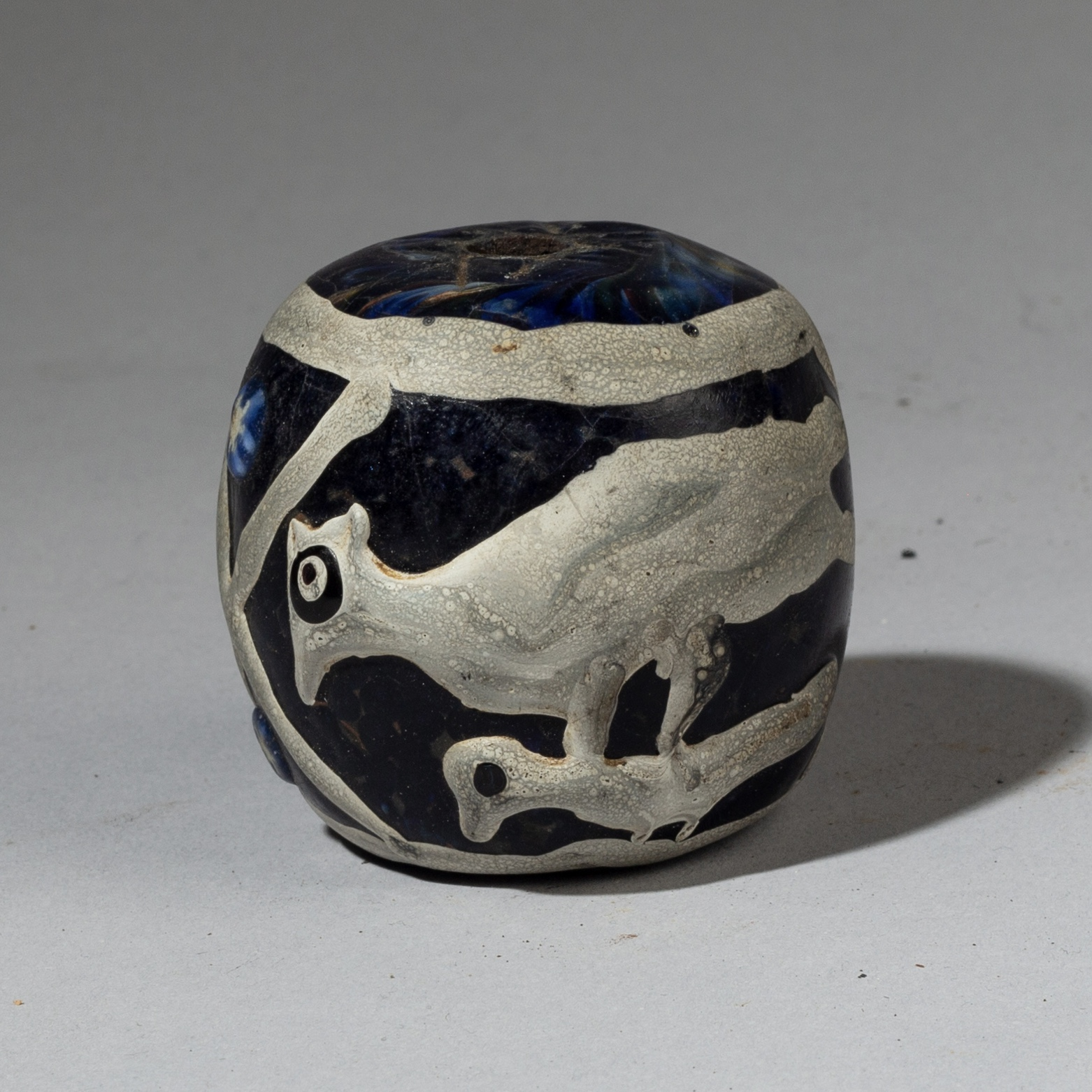 A LARGE GLASS BEAD WITH BIRDS, JAVA ( No 3280 )