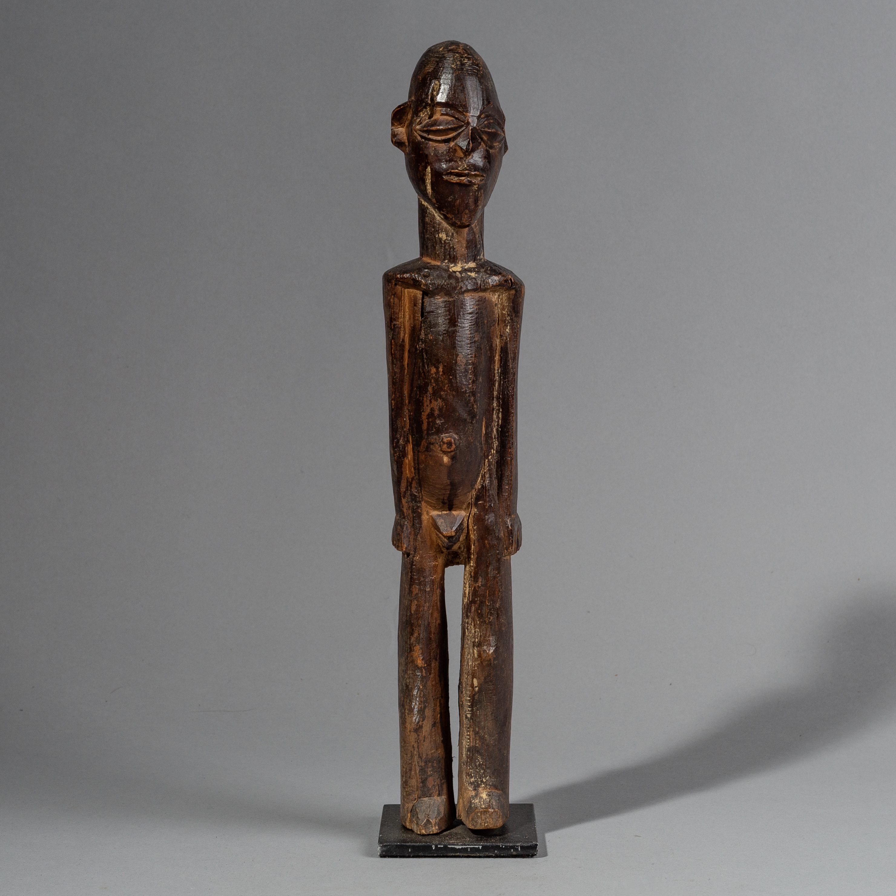 SD A WELL PATINATED LOBI THIL FIGURE FROM BURKINA FASO ( No 1479 )