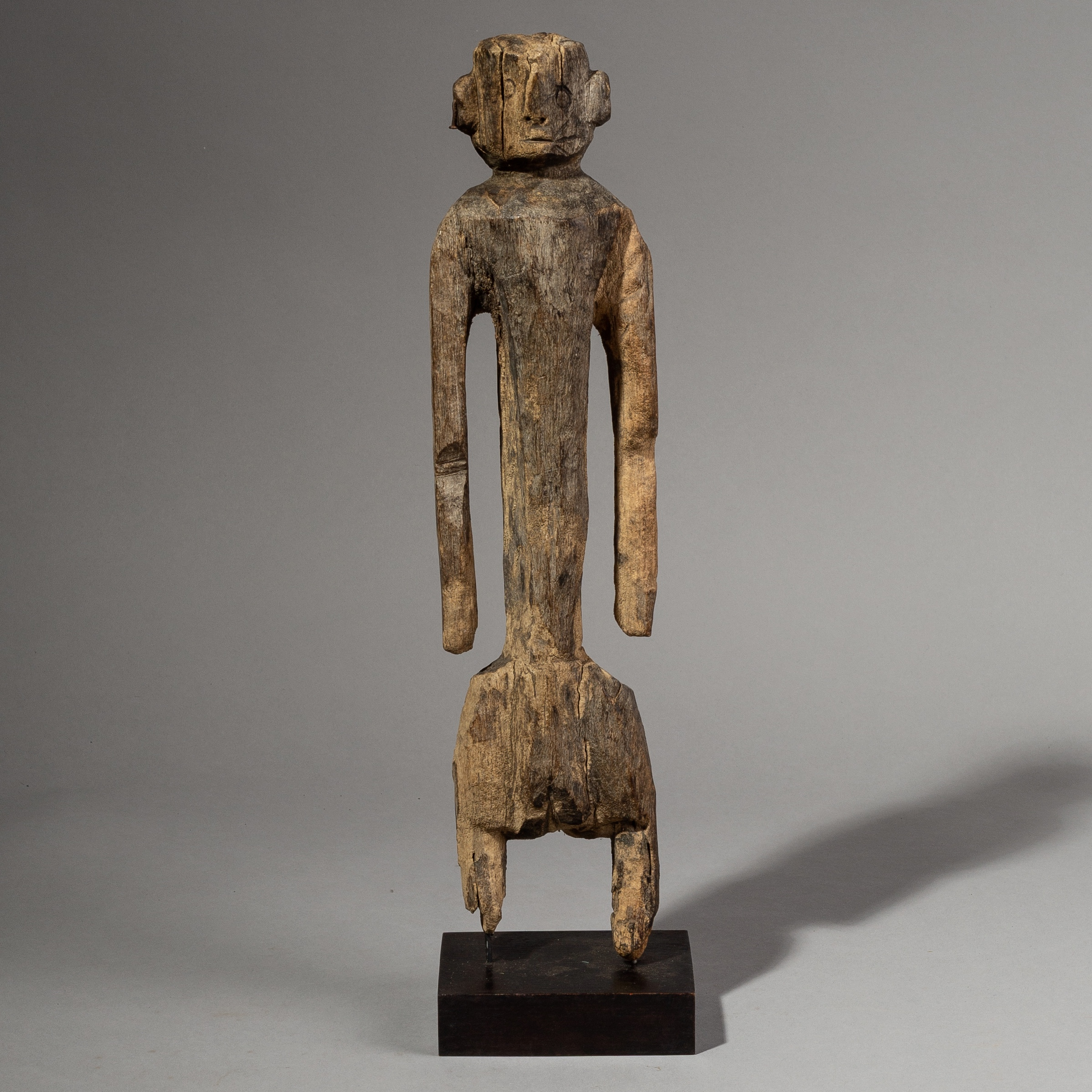 A WEATHERED ALTAR FIGURE FROM NIGERIA ( No 1864 )