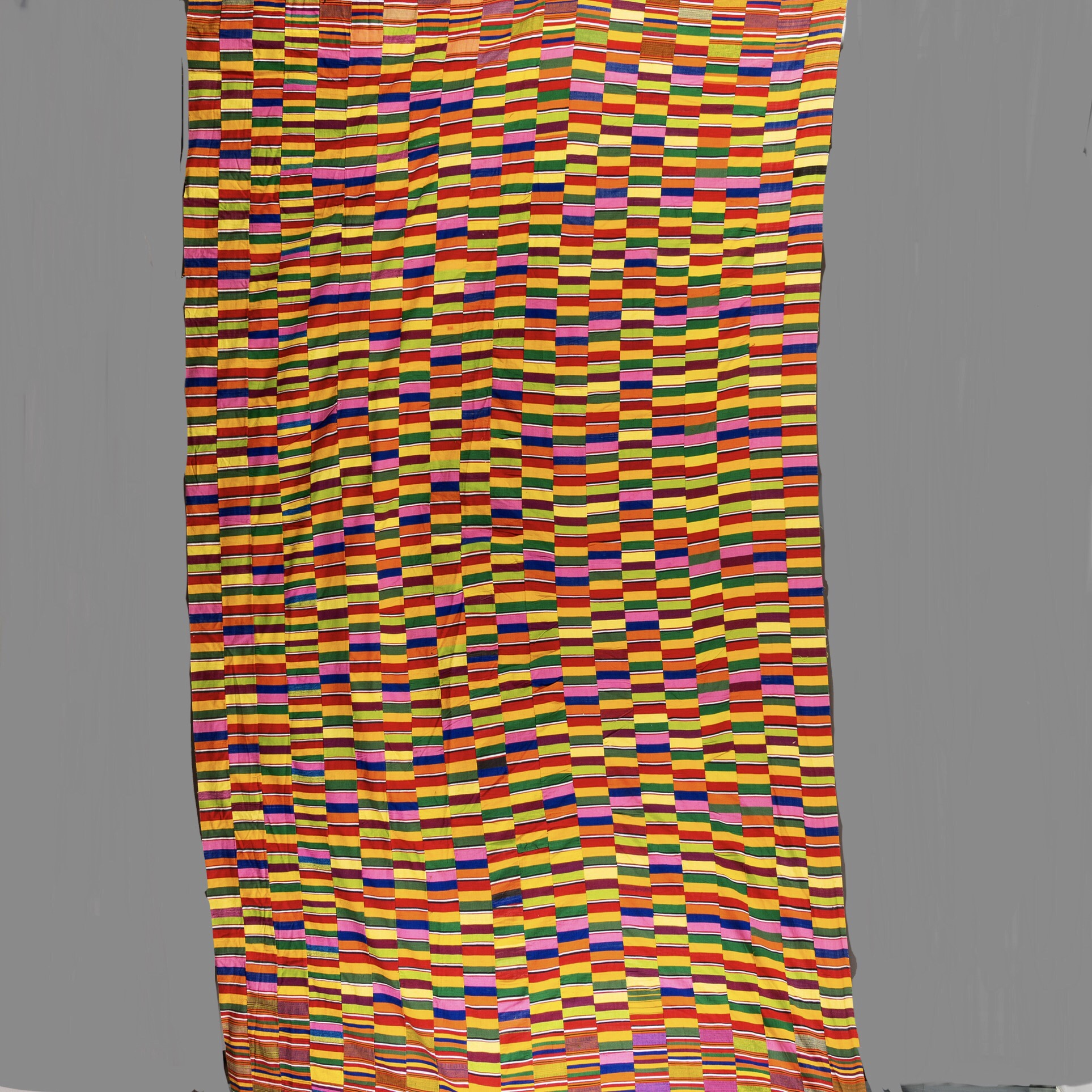 AN ARRESTING VERY LARGE EWE MENS CLOTH FROM GHANA ( No 2112 )