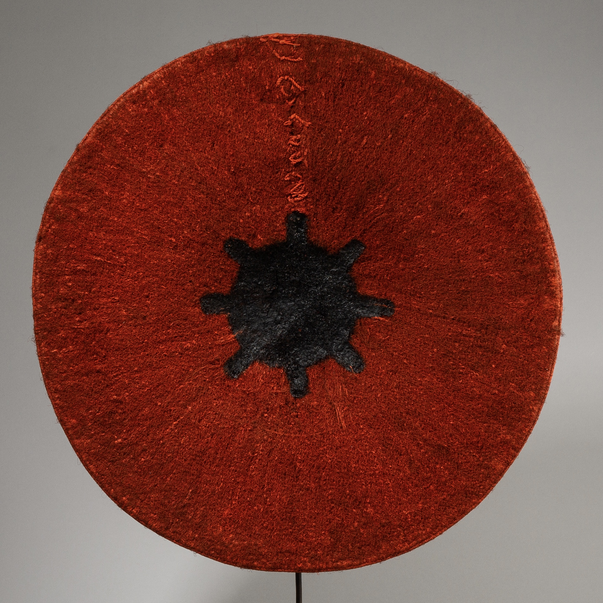 A RADIANT +LARGE ZULU HAT FROM SOUTH AFRICA ( No 3803)