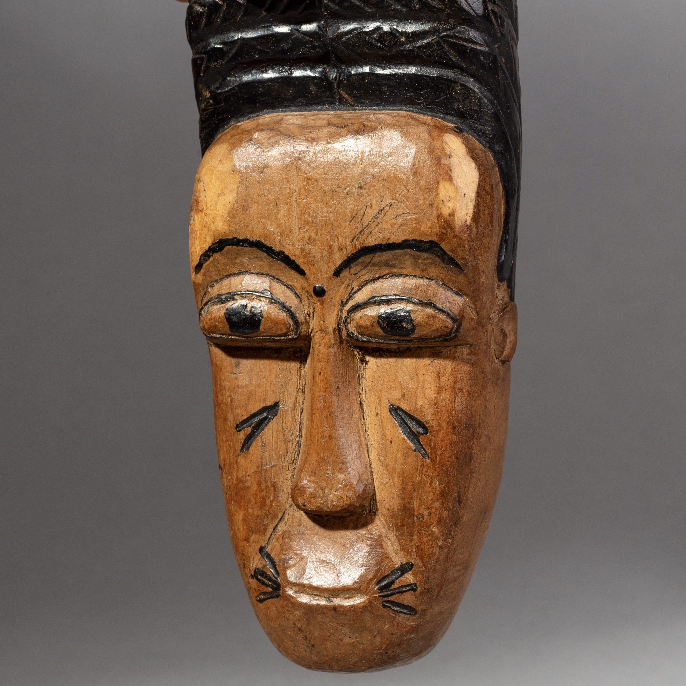 A SWEET BAULE PASSPORT MASK FROM THE IVORY COAST( No 1771 )
