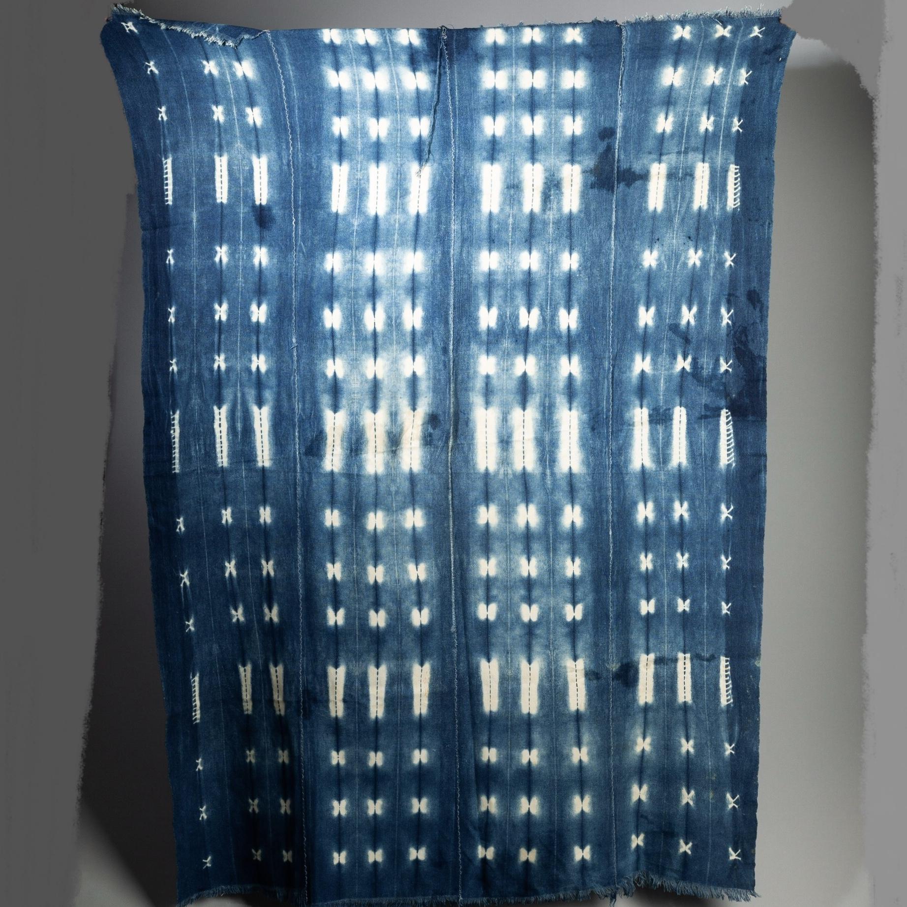 A PRETTY MOSSI CLOTH FROM BURKINA FASO ( No 3180 )