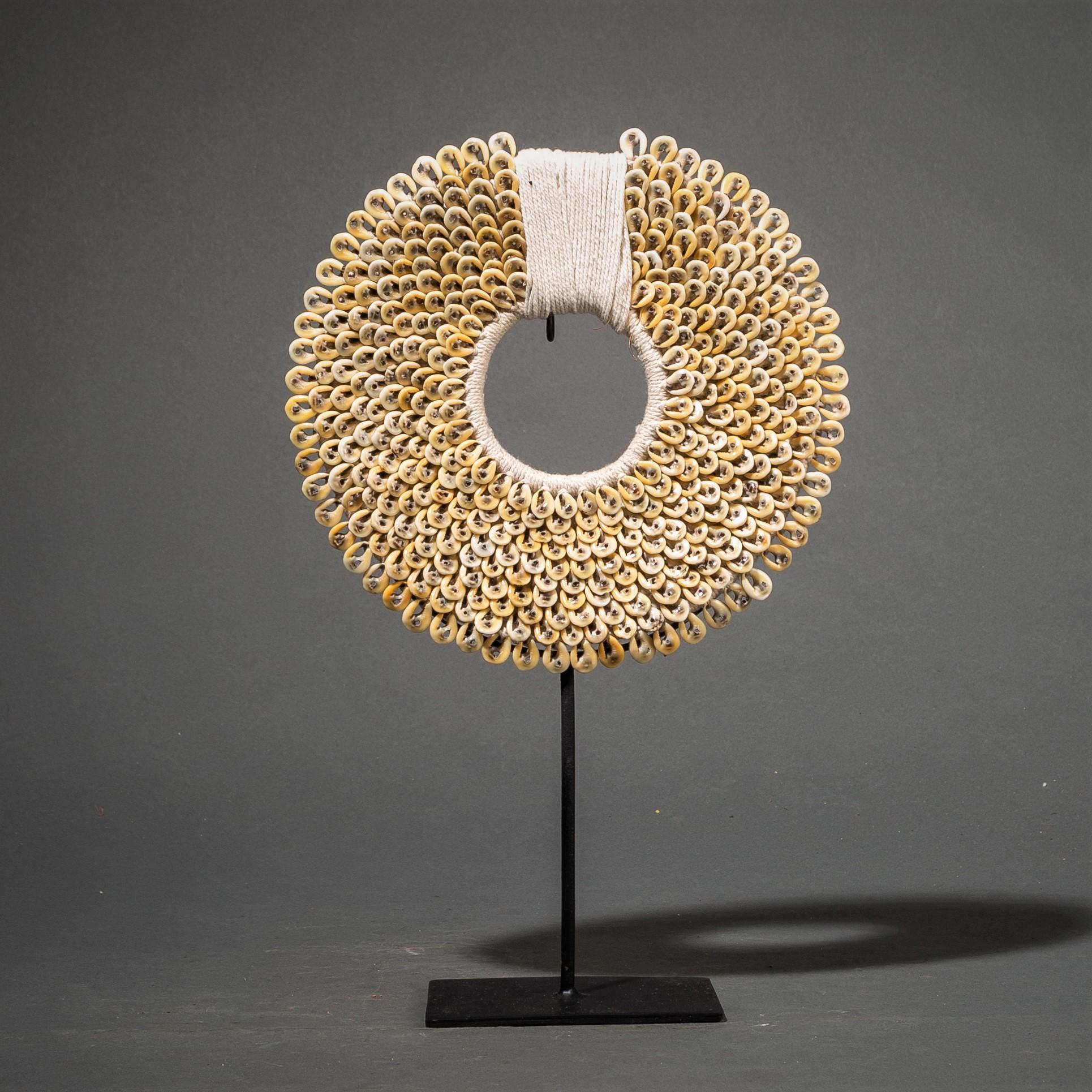 A SEPIA COWRIE SHELL BRACELET ( No 74 )