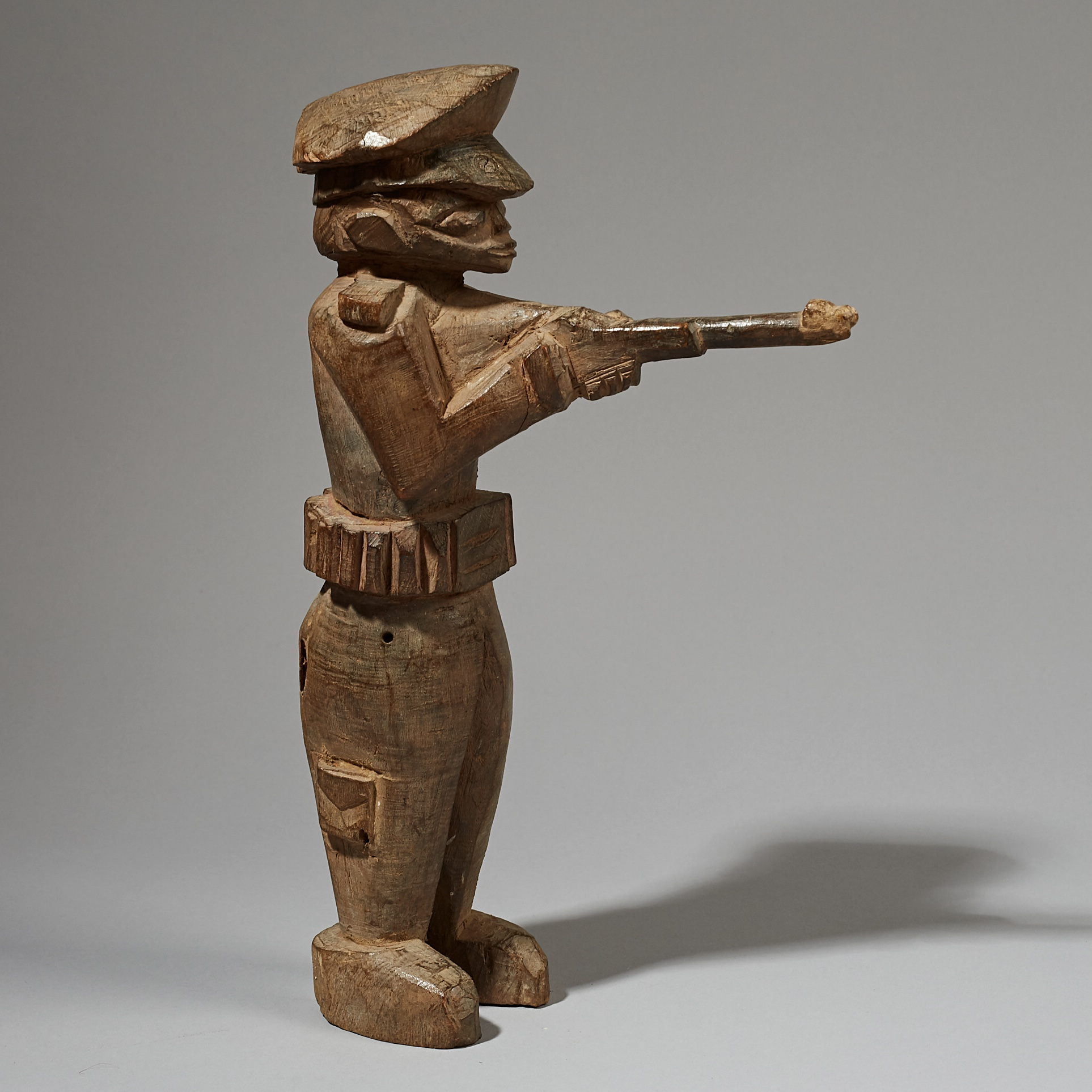 A LARGE LOBI POLICEMAN FROM THE IVORY COAST W AFRICA ( No 4090)