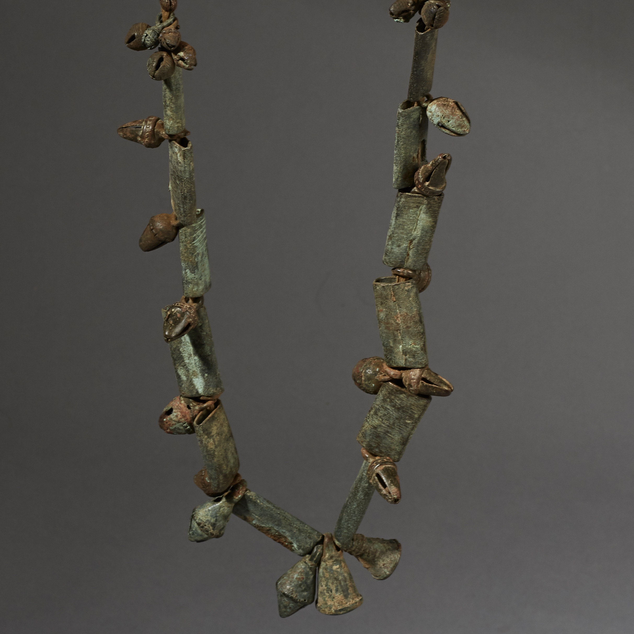 AN ANCIENT BRONZE NECKLACE WITH BELLS, DOGON TRIBE MALI ( No 2653 )