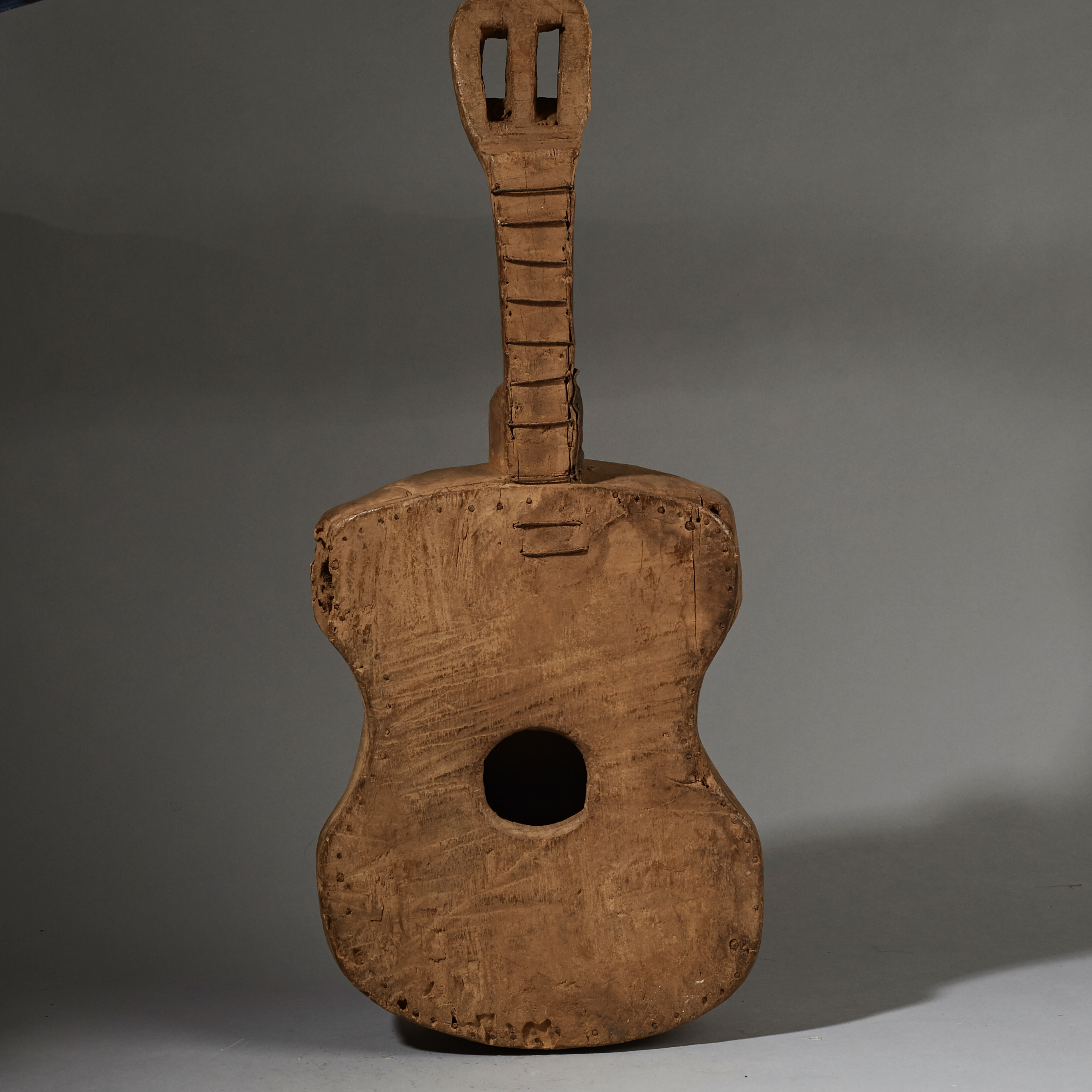 A LARGE HAND MADE GUITAR FROM  THE BAULE  TRIBE IVORY COAST ( No 2631 )