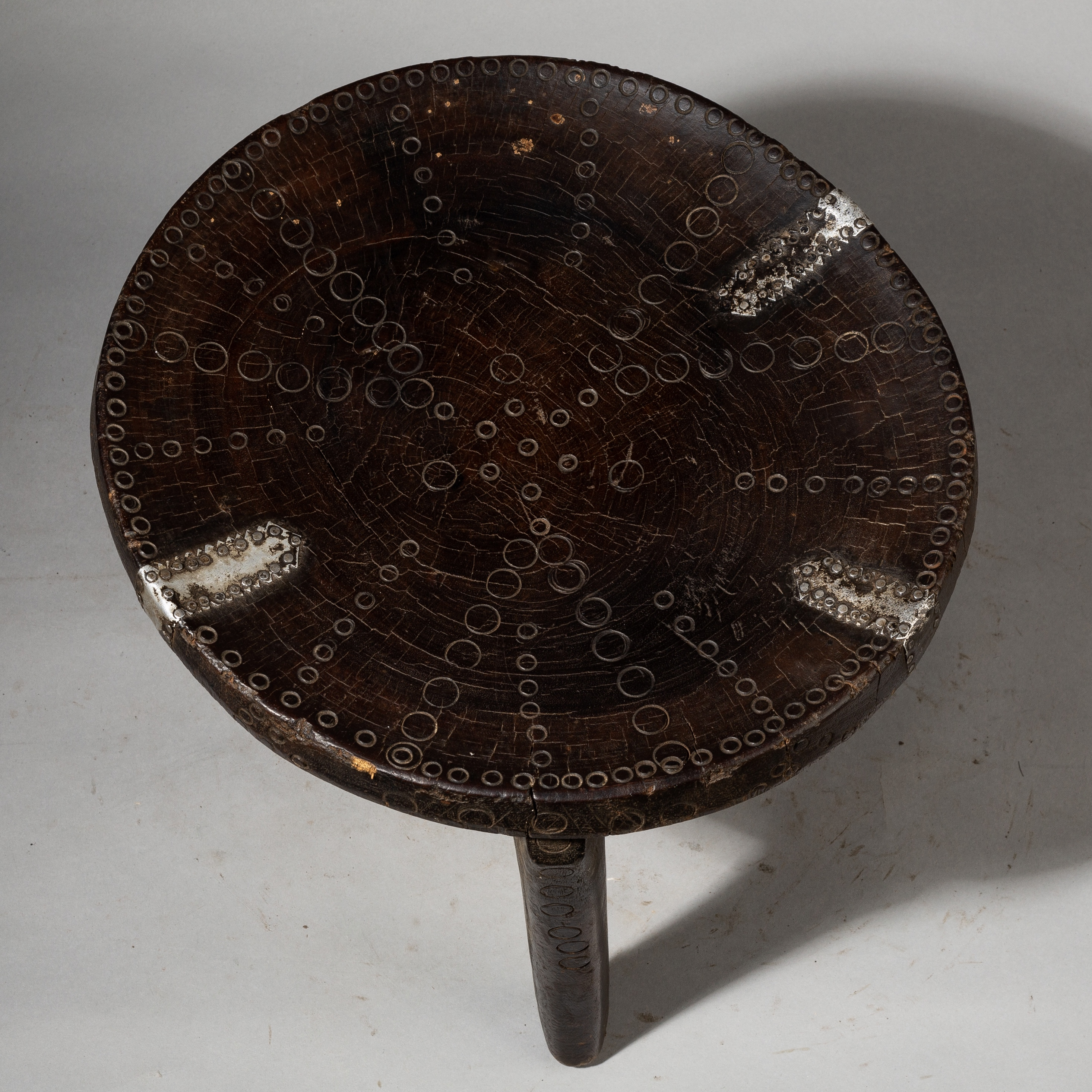 A LARGE + LOVELY HE HE STOOL FROM TANZANIA ( No 3658)