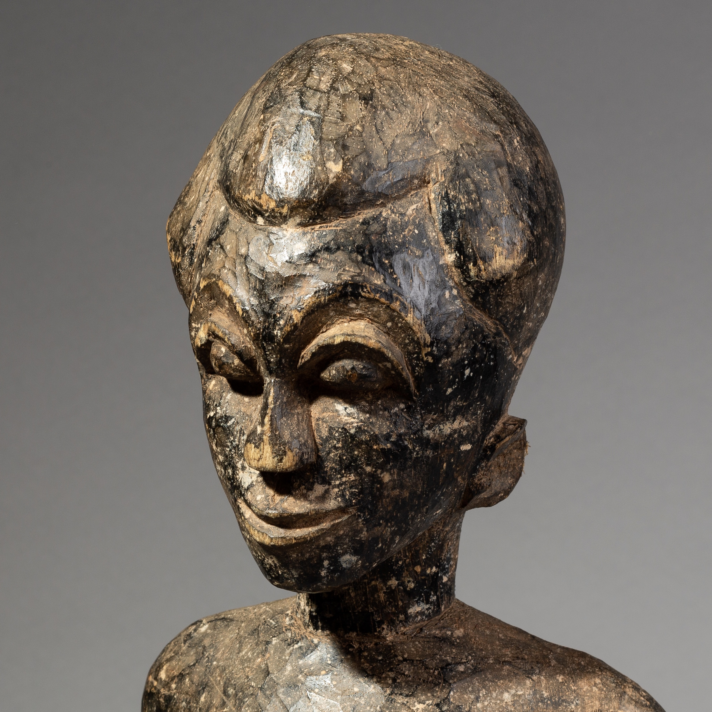 SD A LARGER AKAN STATUE FROM GHANA ( No 1966 )