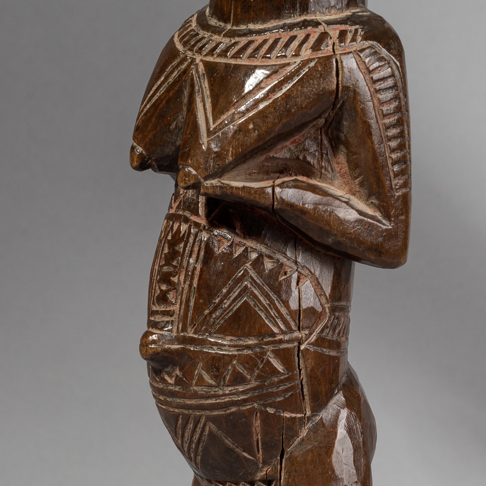 SD A FINELY CARVED IBEJI FROM YORUBA TRIBE NIGERIA( No 1509 )
