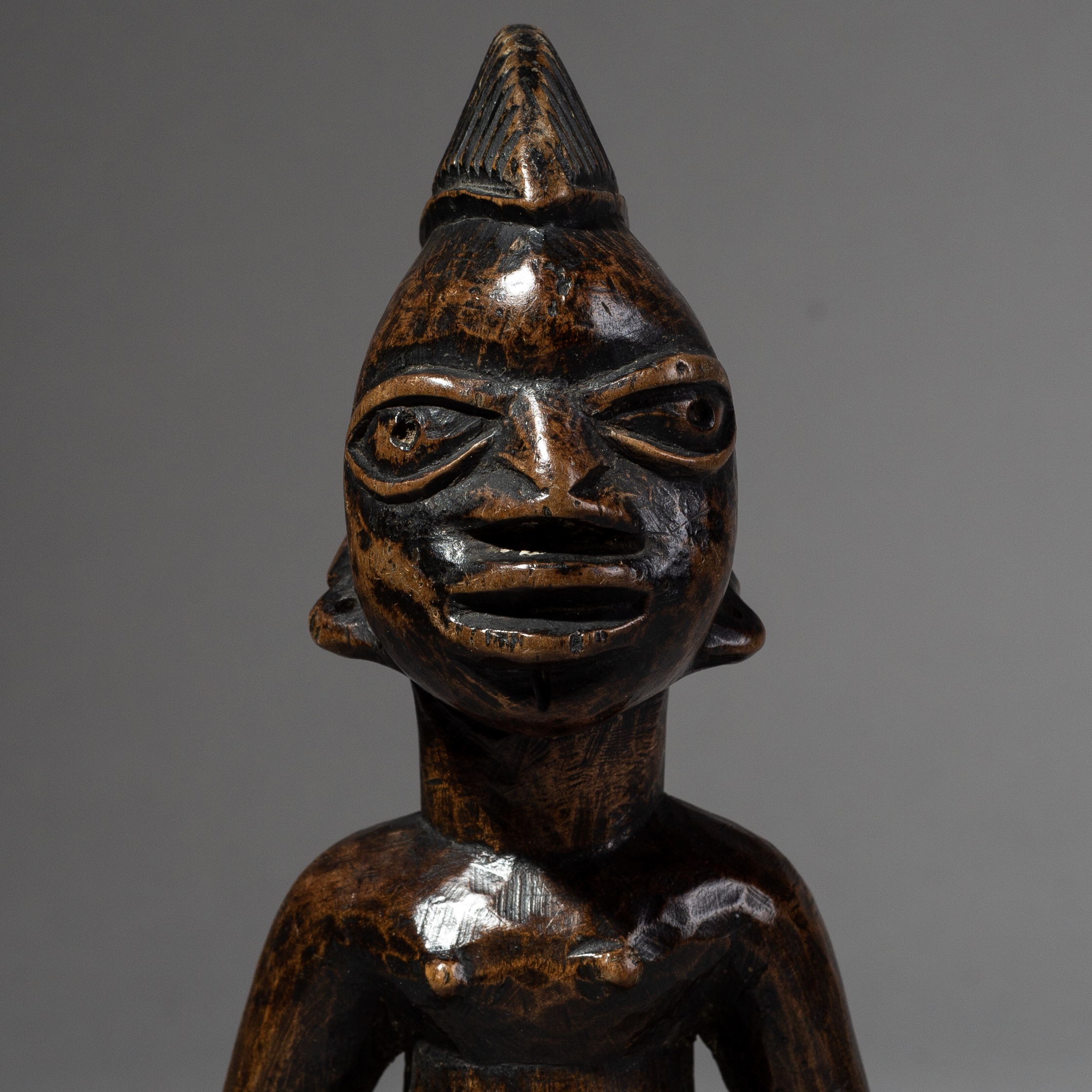 SD A FINE IBEJI DOLL FROM THE YORUBA TRIBE OF NIGERIA ( No 2096 )