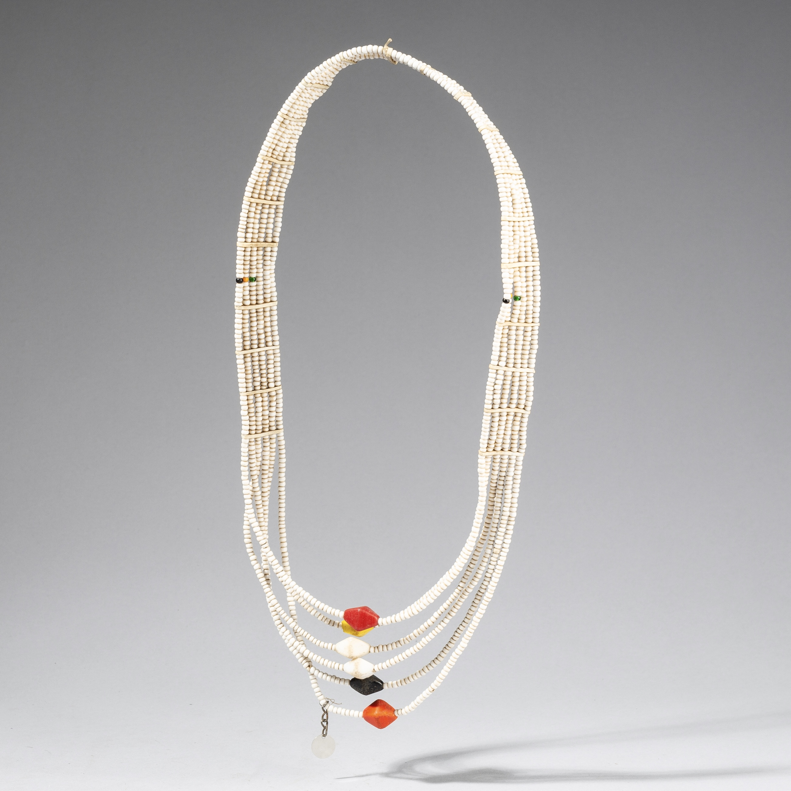 A HARMONIOUS MAASAI NECKLACE WITH CZECH GLASS TRADE BEADS,TANZANIA ( No 3652)