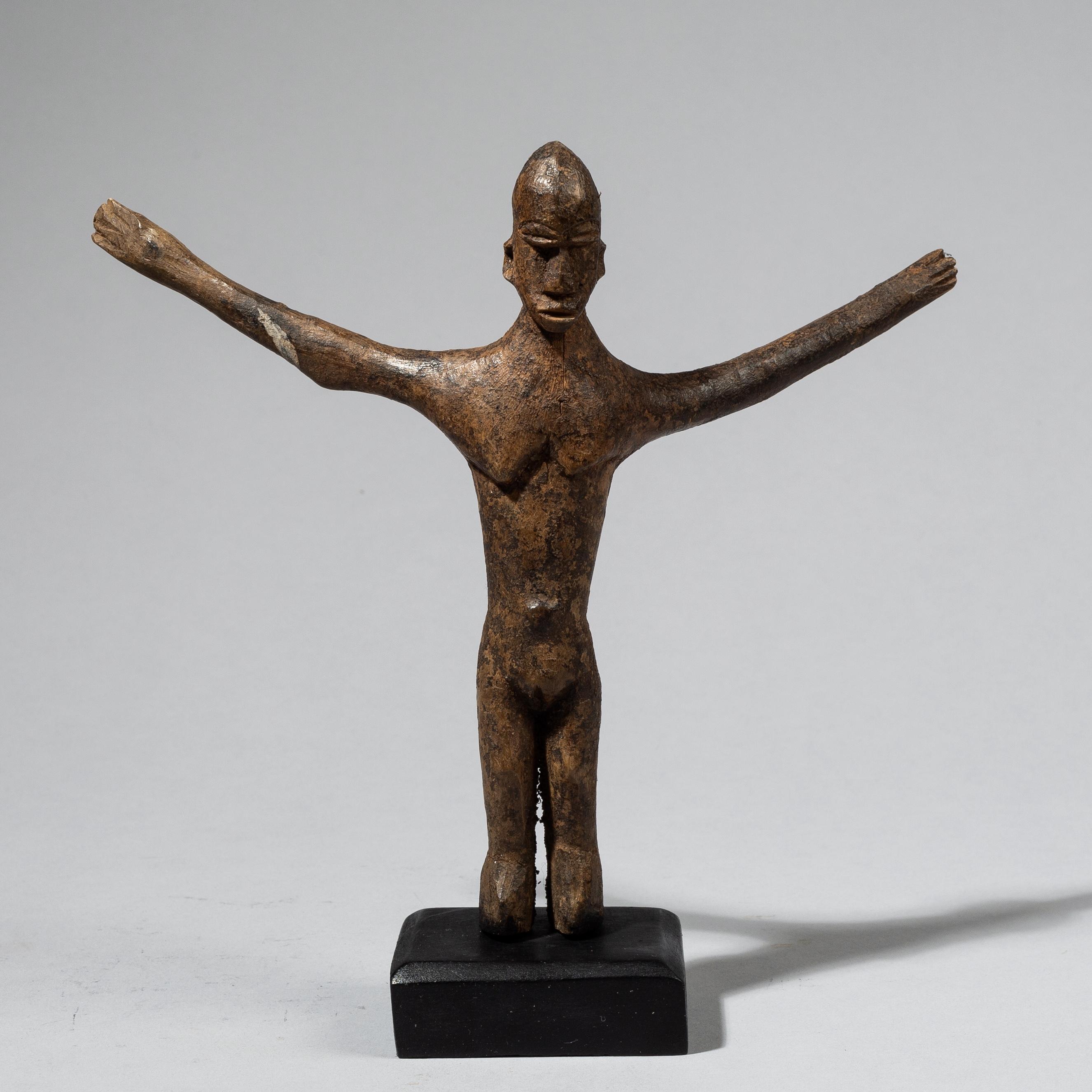 A SLENDER LOBI THIL FIGURE WITH WING LIKE ARMS, IVORY COAST ( No 4452)