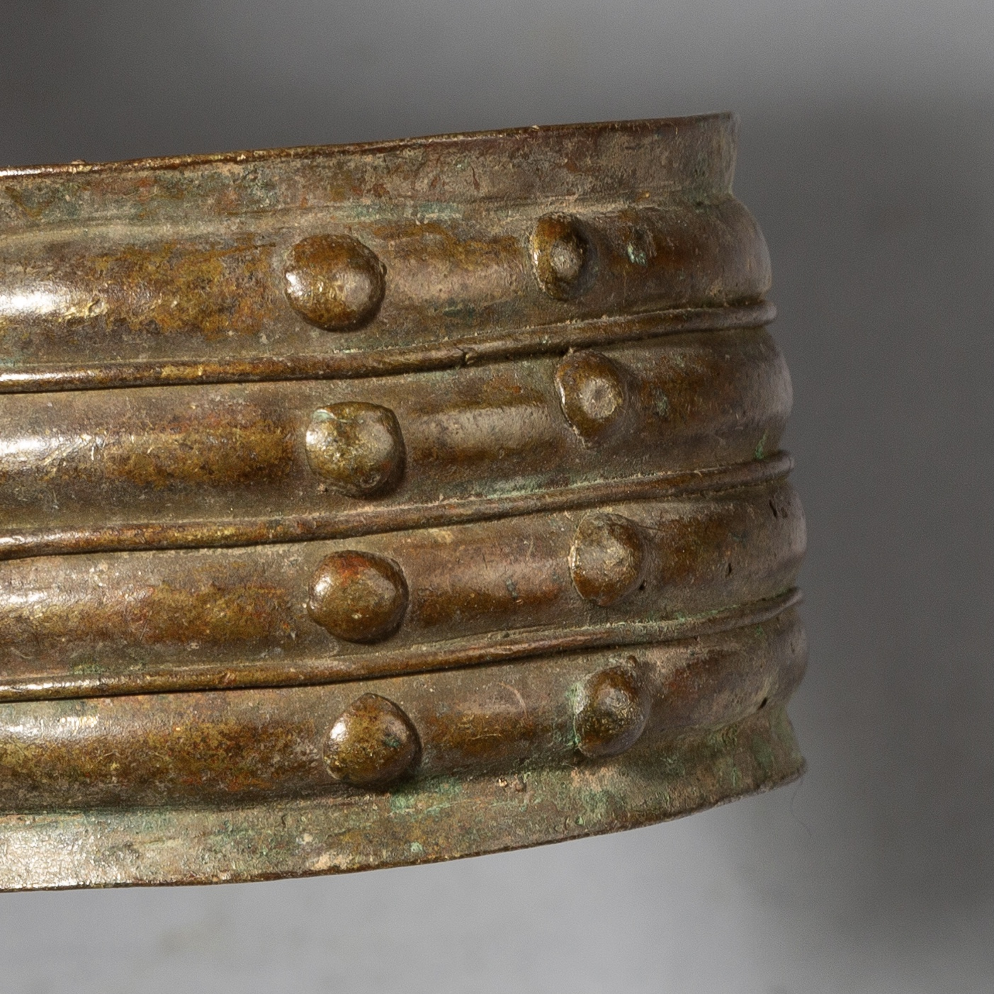 AN OLD BAULE BRONZE CUFF FROM THE IVORY COAST ( No 2822 )