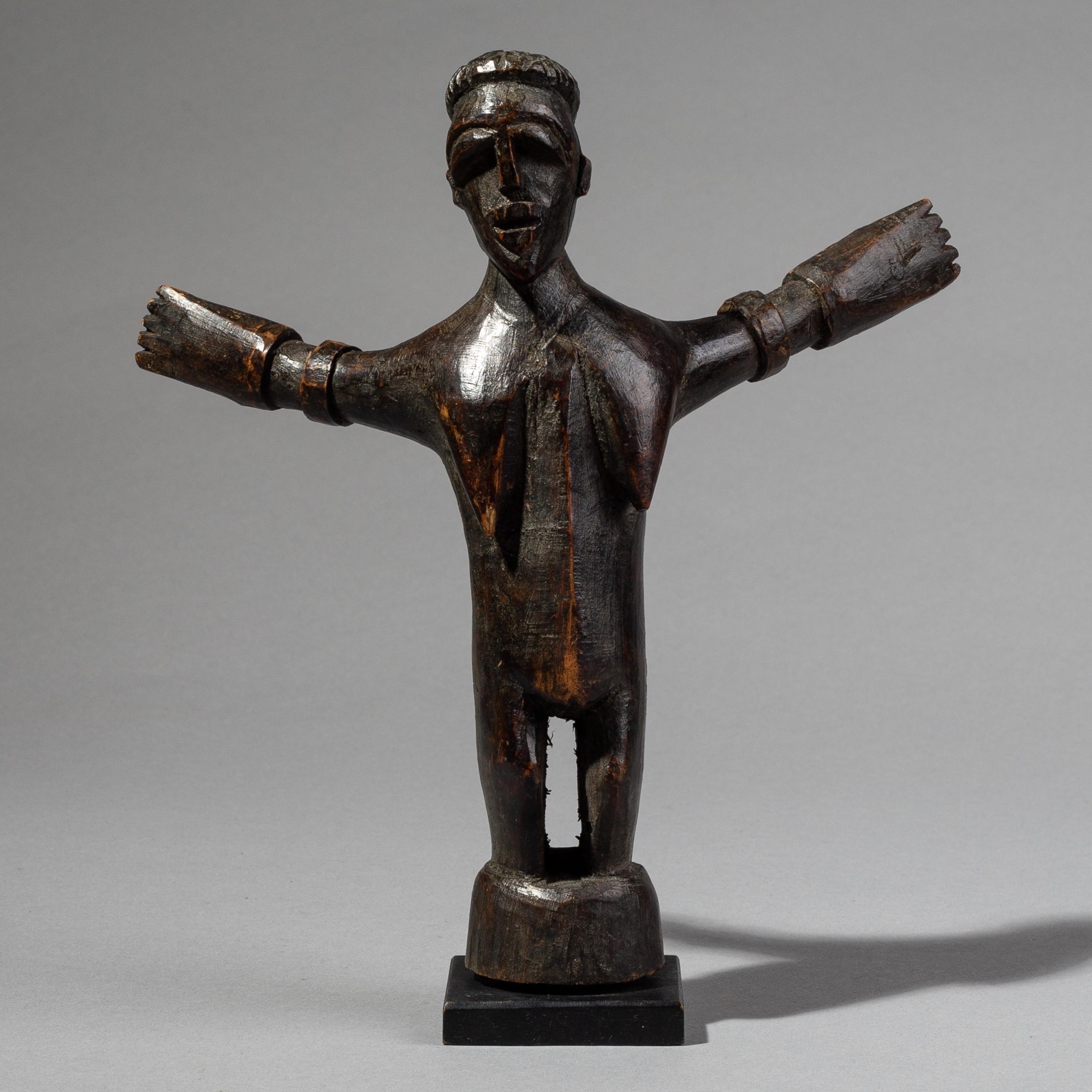 AN ARMS OUTSTRETCHED LOBI THIL FIGURE, BURKINA FASO ( No 1792 )