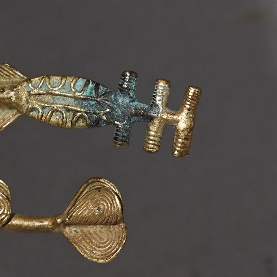 AN INCREDIBLE 19THC AKAN FISH GOLD WEIGHT ( No 2561 )