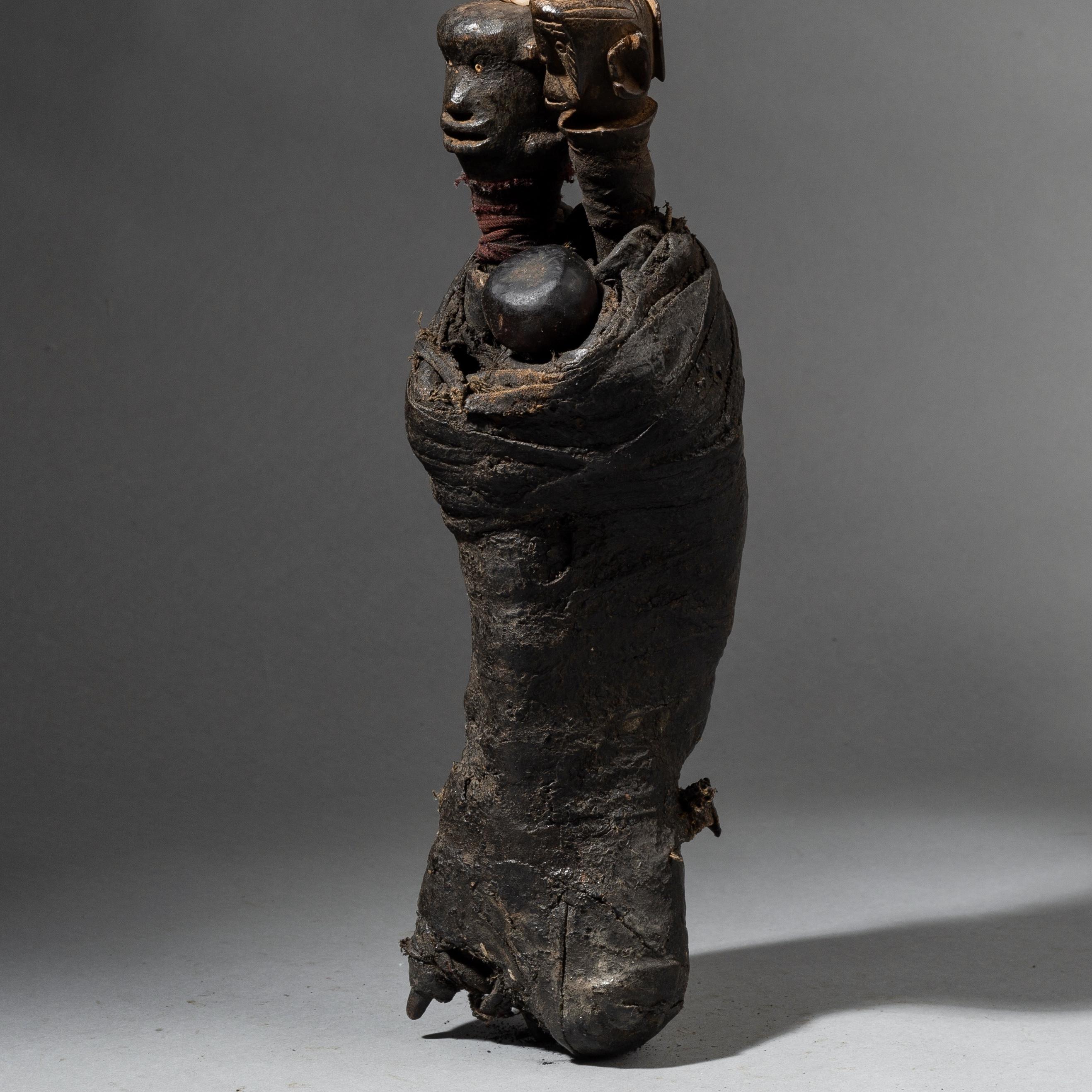 A FANTASTIC  NYAMWESI FETISH, TANZANIA  No 3493 )